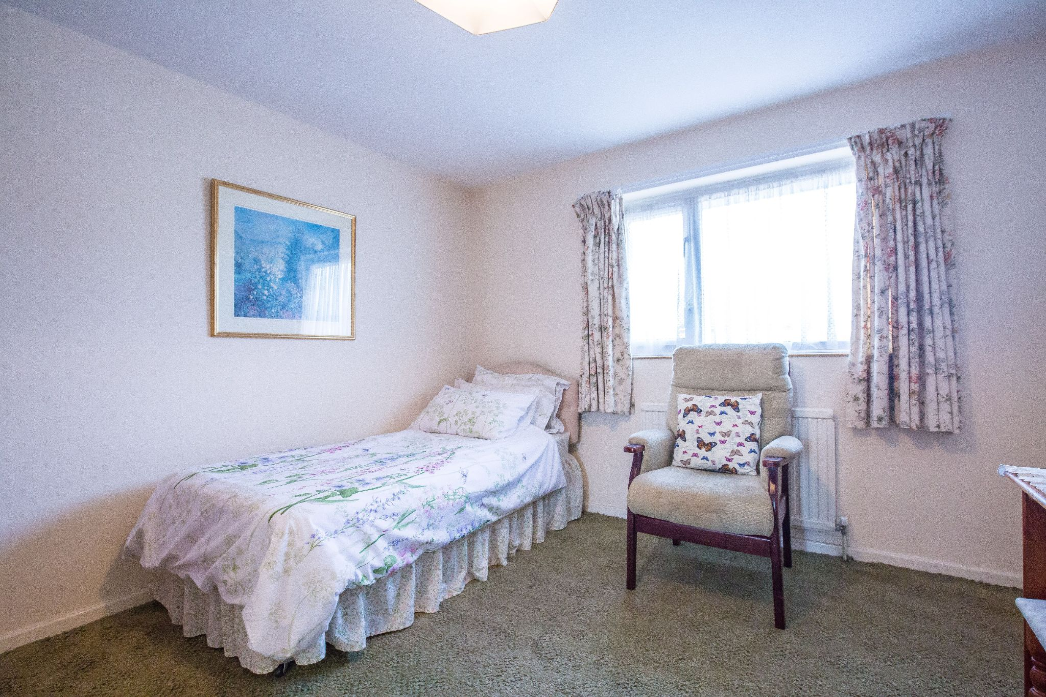 3 bedroom mid terraced house SSTC in Welham Green - Photograph 11