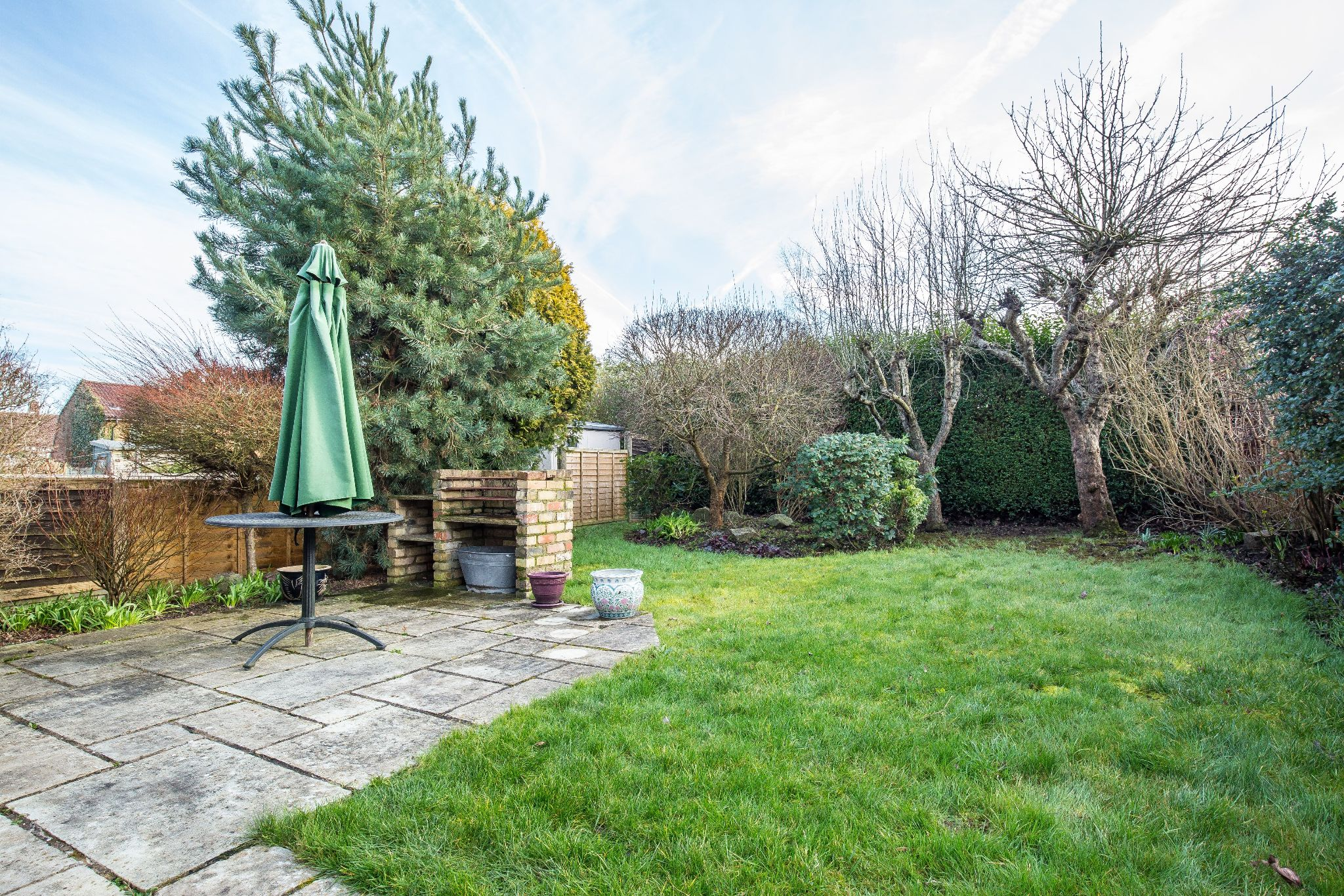 3 bedroom mid terraced house SSTC in Welham Green - Photograph 9
