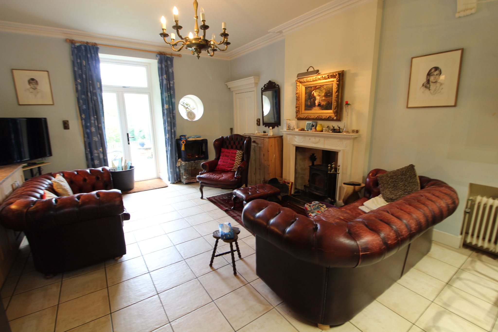 6 bedroom mews house For Sale in Brookmans Park - Photograph 16