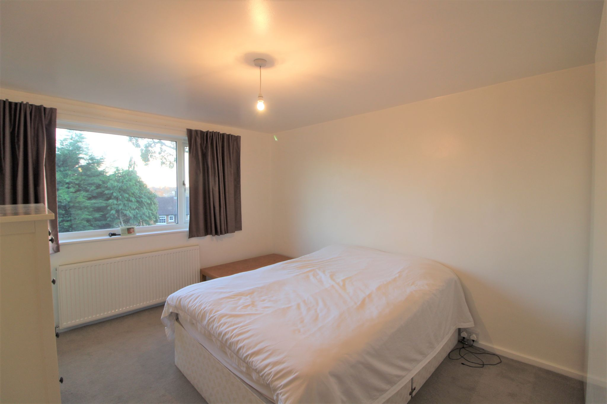 3 bedroom mid terraced house Sale Agreed in Potters Bar - Photograph 14