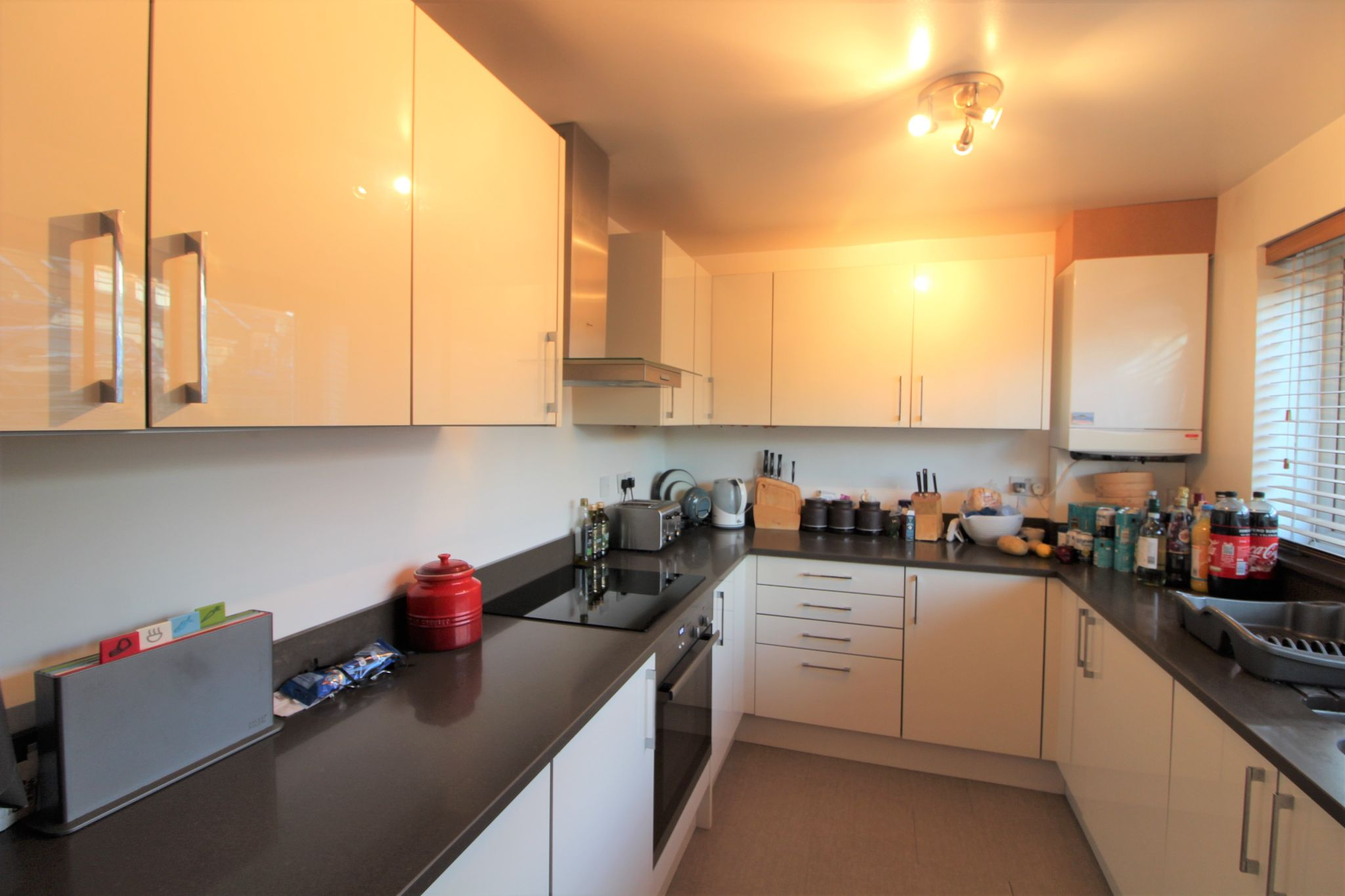 3 bedroom mid terraced house For Sale in Potters Bar - Property photograph