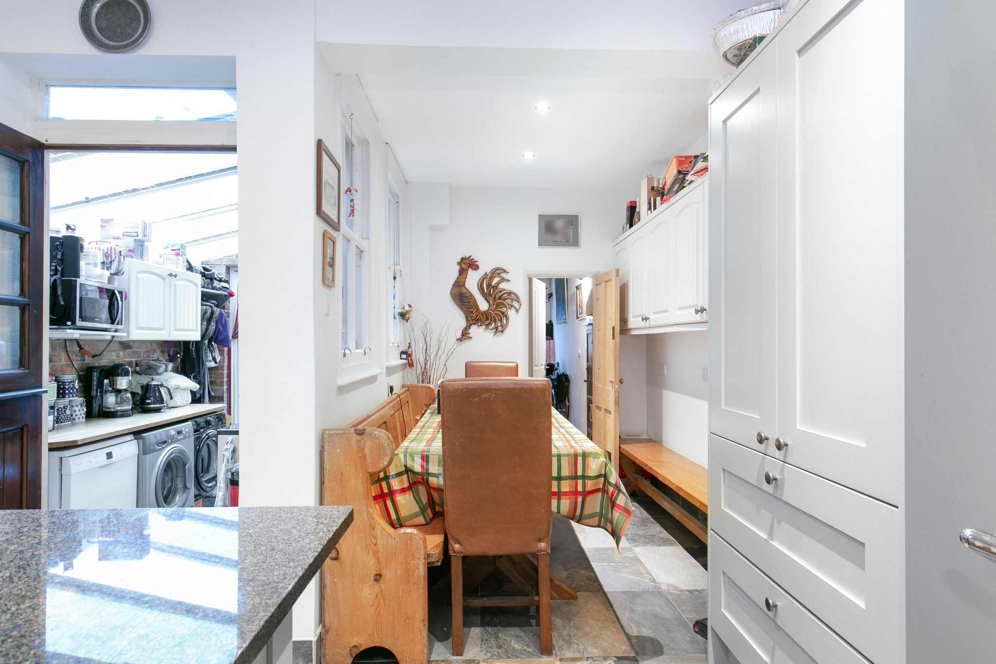 3 bedroom cottage house SSTC in Little Heath Potters Bar - Photograph 6