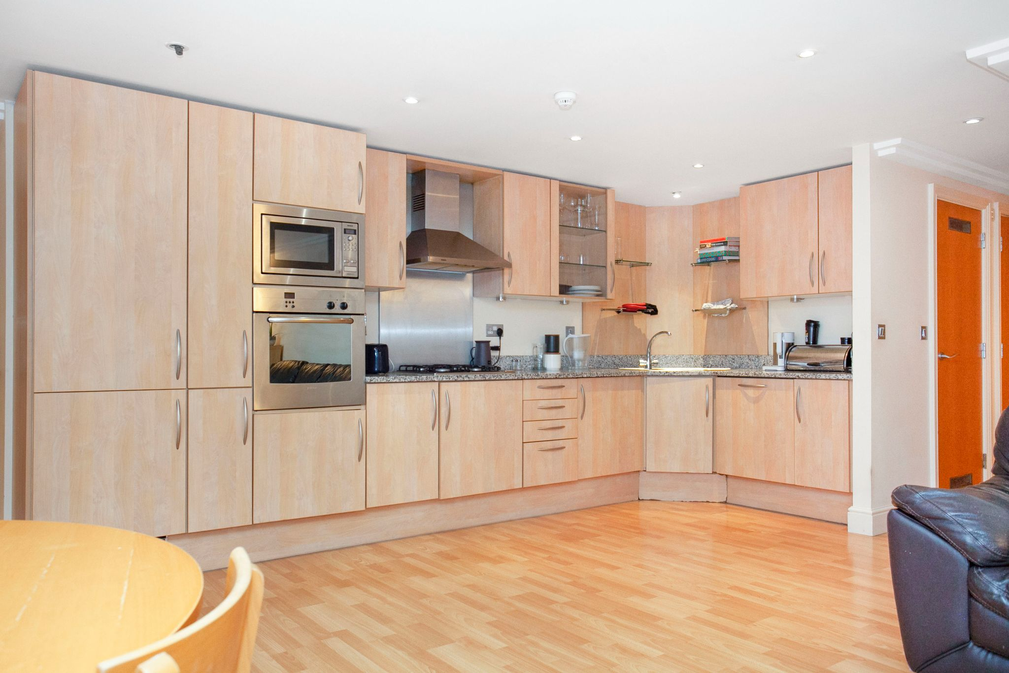 3 bedroom apartment flat/apartment For Sale in London - Photograph 12