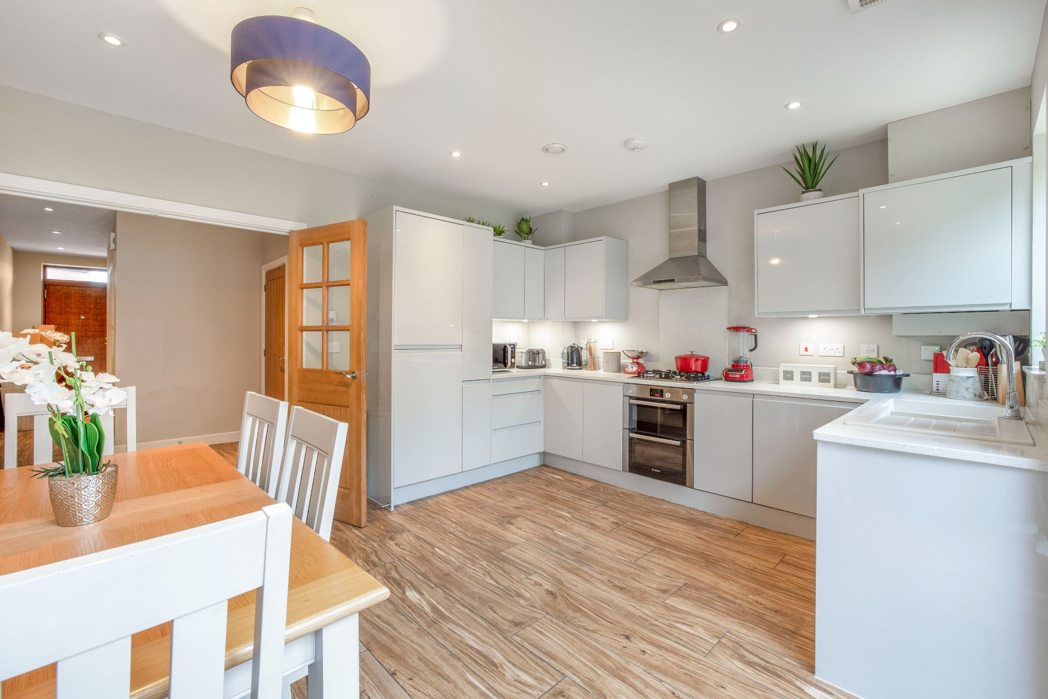 3 bedroom mid terraced house For Sale in Brookmans Park - Property photograph