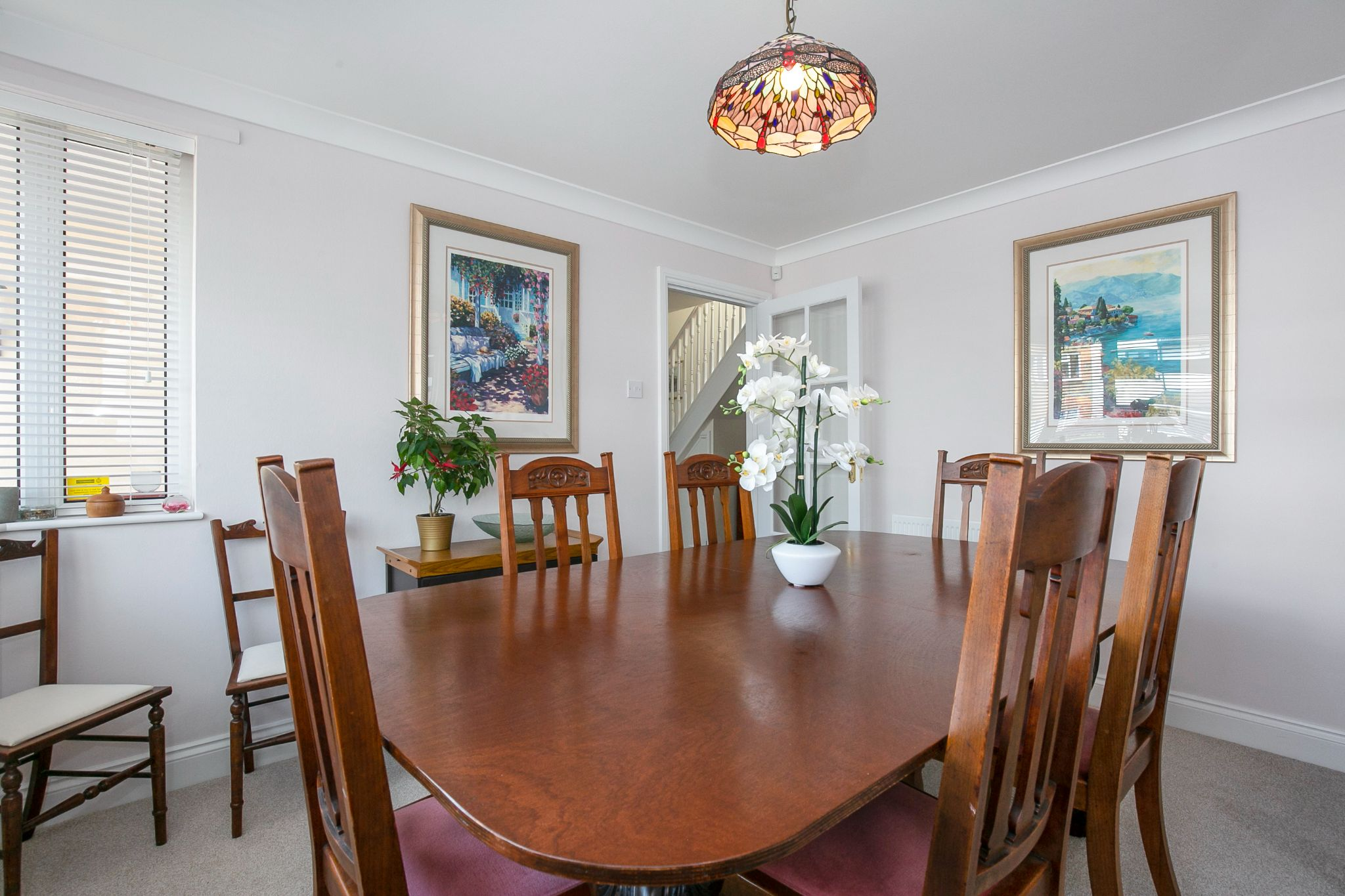 3 bedroom detached bungalow Sale Agreed in Potters Bar - Photograph 9