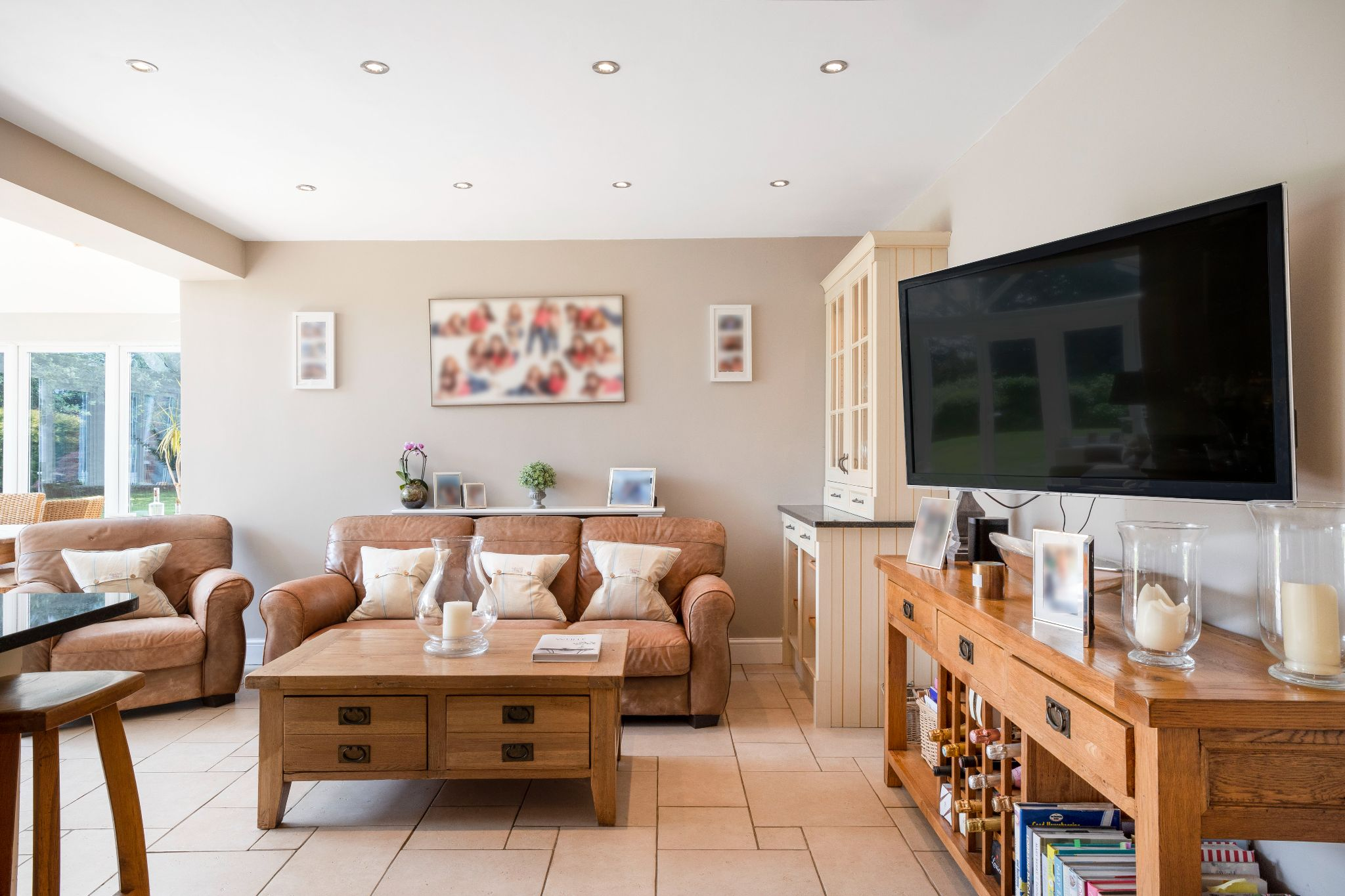 5 bedroom detached house Sale Agreed in Hertford - Photograph 29