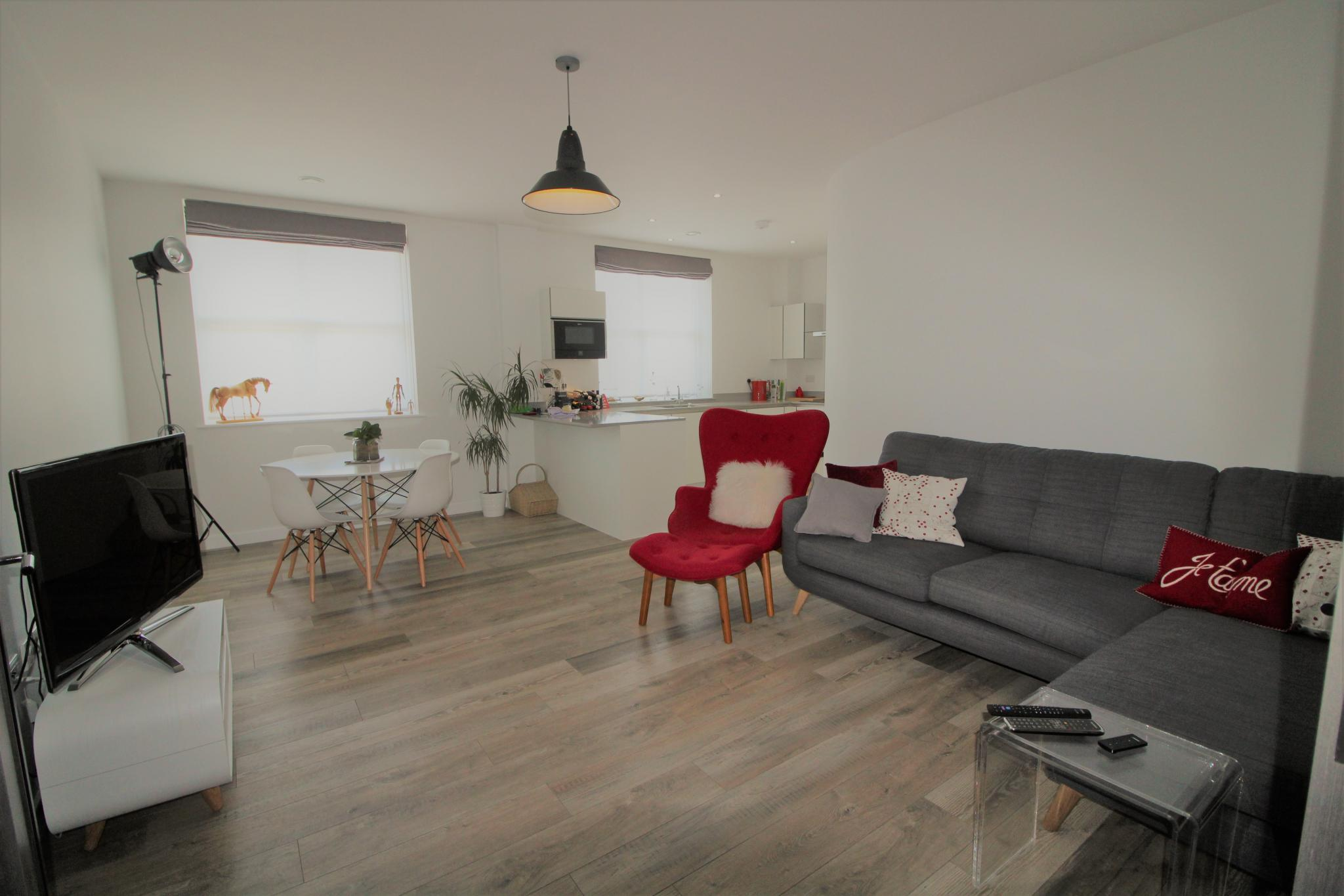 2 bedroom apartment flat/apartment For Sale in Hatfield - Property photograph