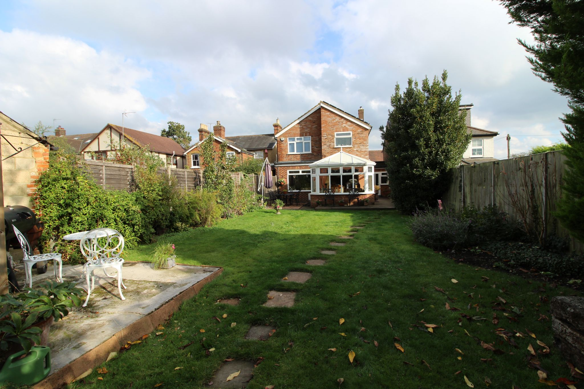 4 bedroom detached house Sale Agreed in North Mymms - Property photograph