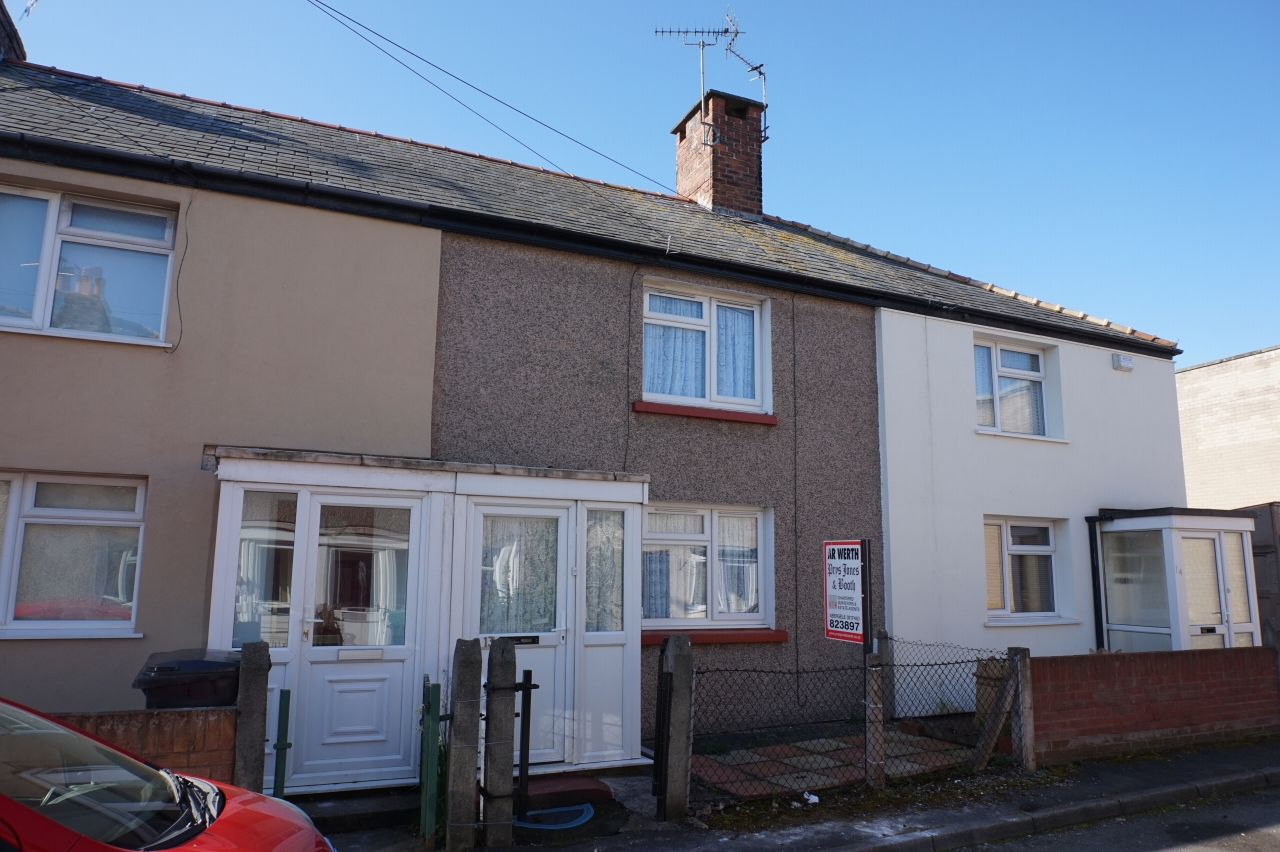 2 bedroom barn conversion house SSTC in Abergele - Photograph 1