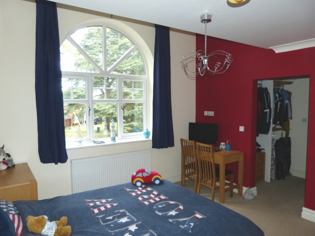 5 bedroom detached house SSTC in Abergele - Photograph 13
