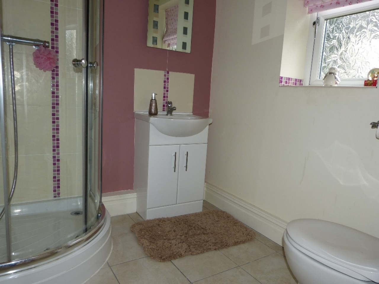 5 bedroom detached house SSTC in Abergele - Photograph 19