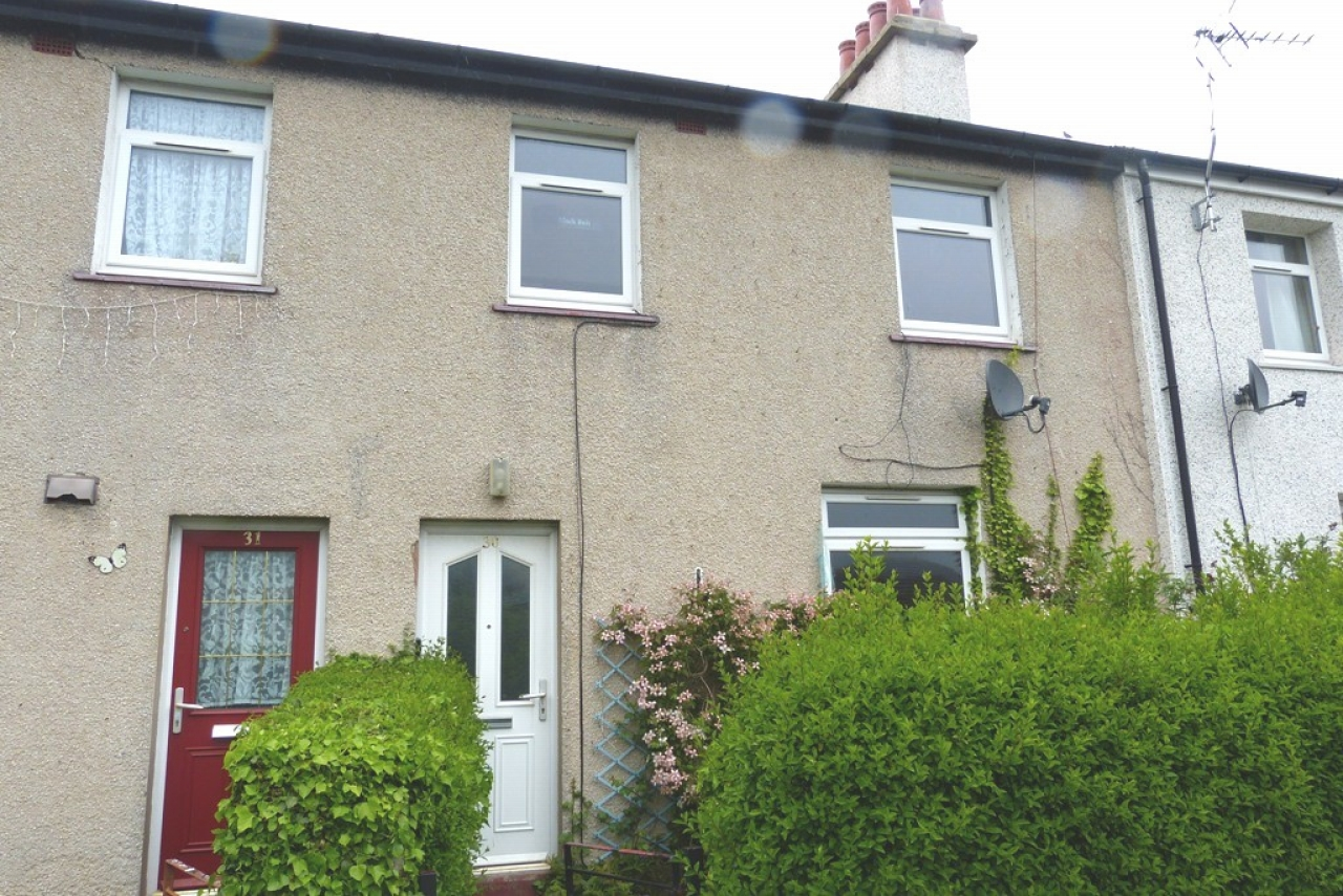 3 bedroom mid terraced house SSTC in Abergele - Main Image