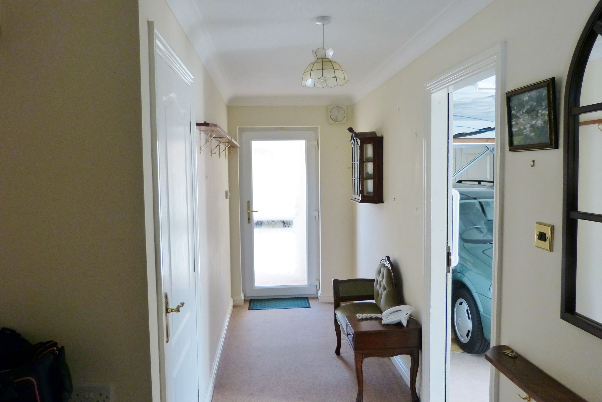 2 bedroom detached bungalow For Sale in Abergele - Photograph 2