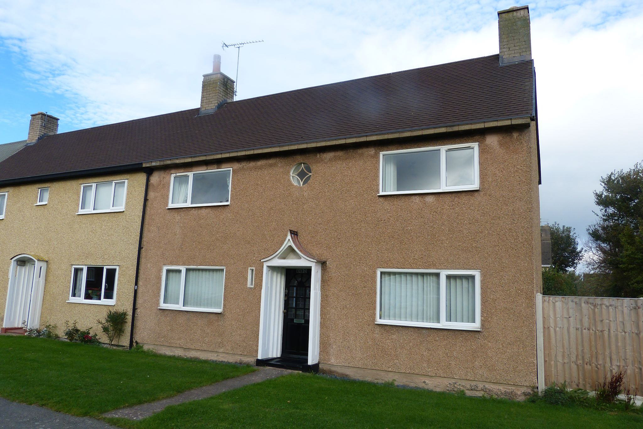3 bedroom end terraced house SSTC in Abergele - Front
