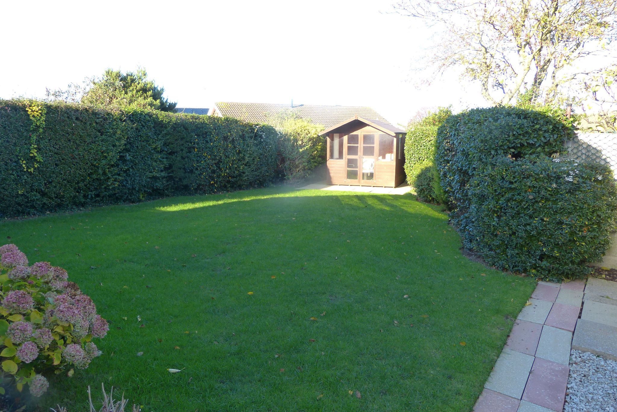 3 bedroom detached bungalow SSTC in Abergele - Photograph 10