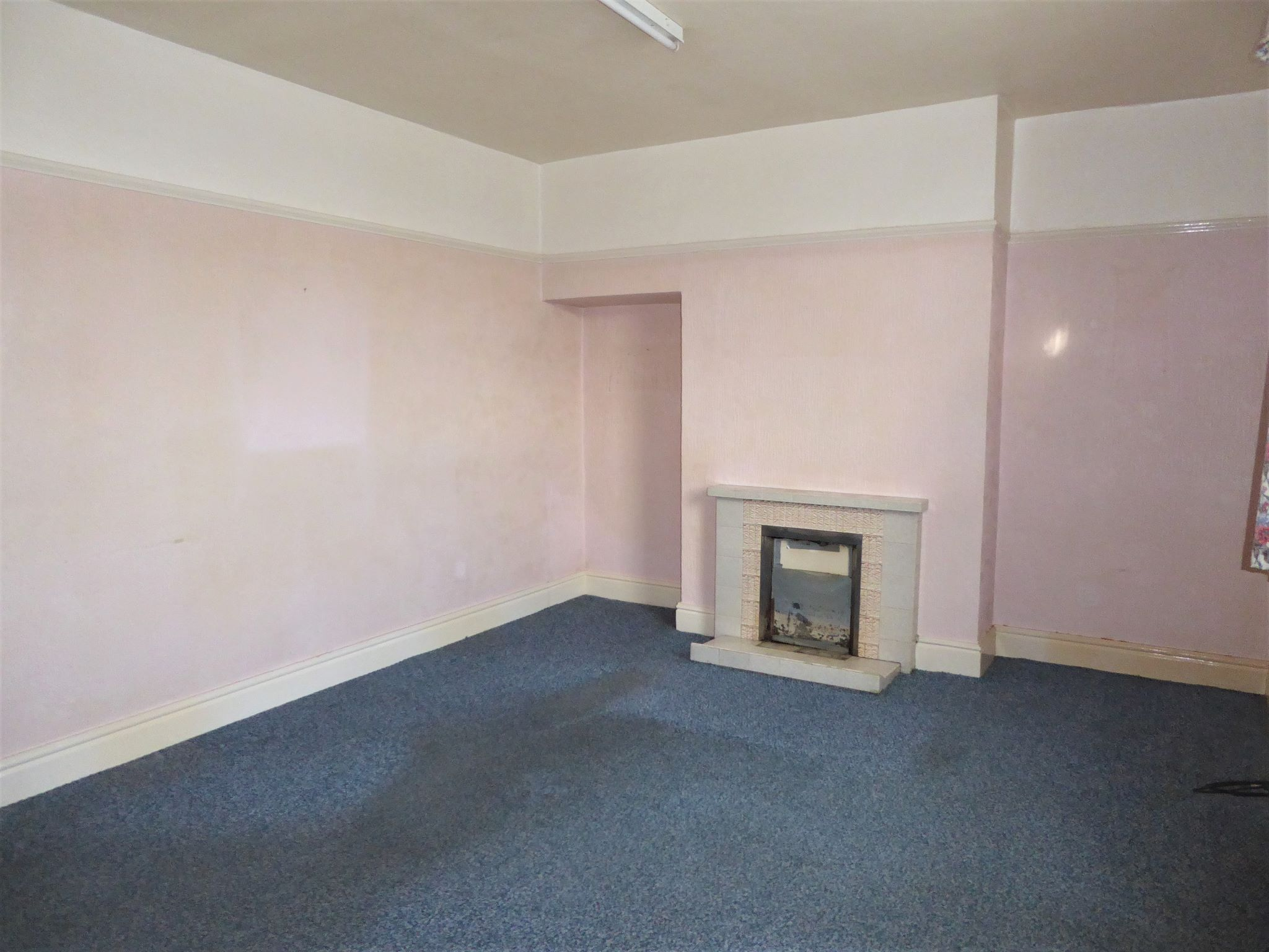 3 bedroom end terraced house SSTC in Abergele - Photograph 5