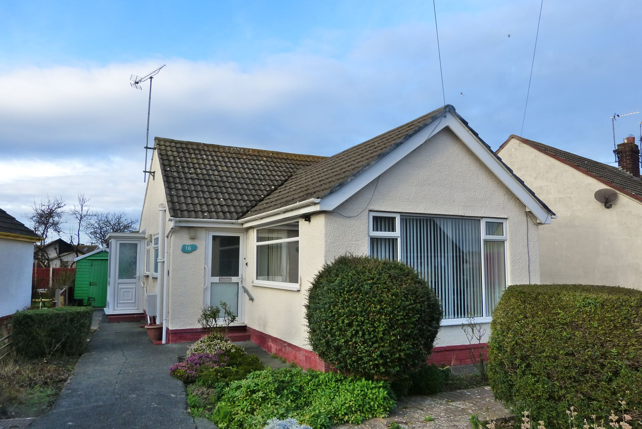2 bedroom detached bungalow Sold in Pensarn - Photograph 1