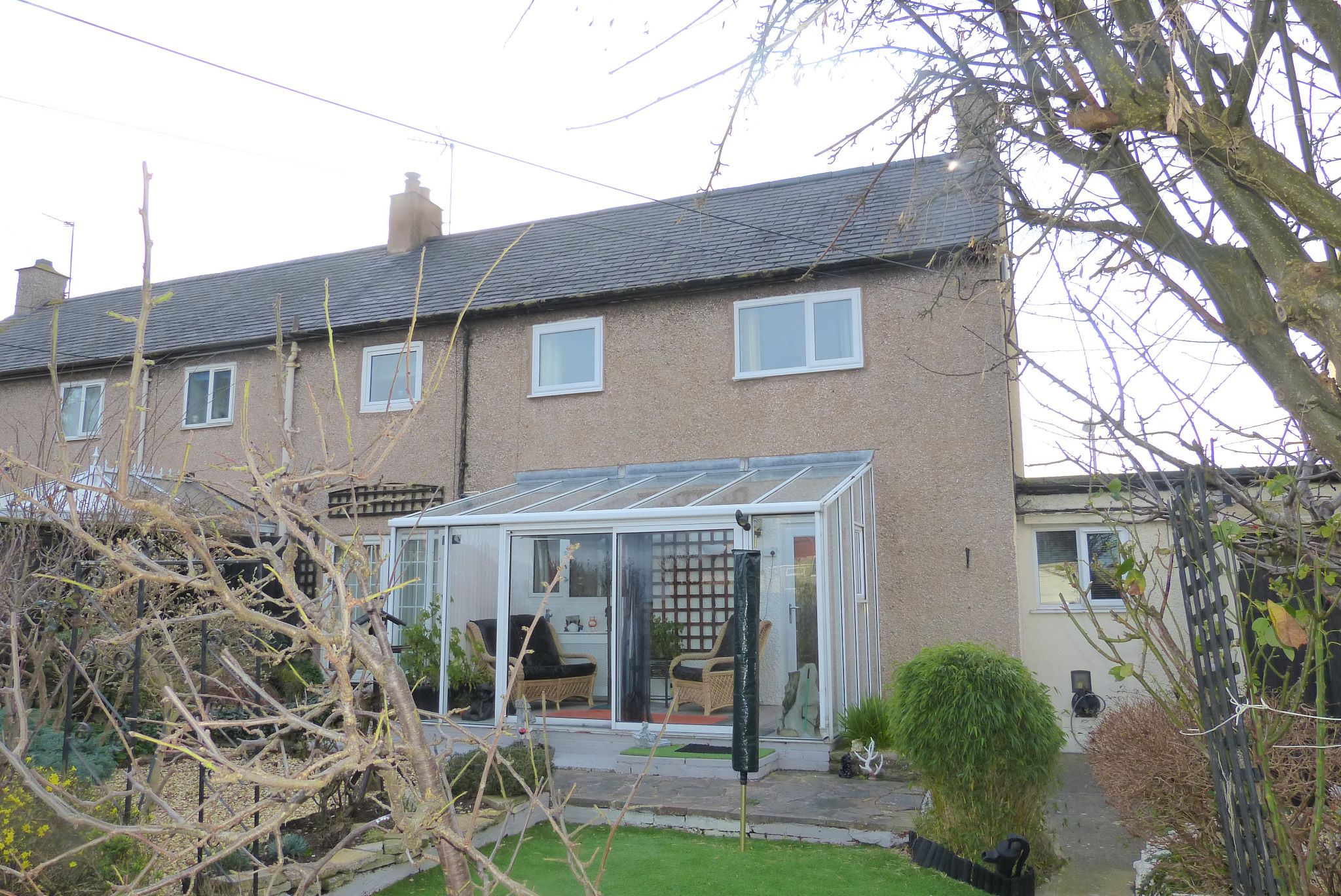 3 bedroom semi-detached house For Sale in Abergele - Photograph 10