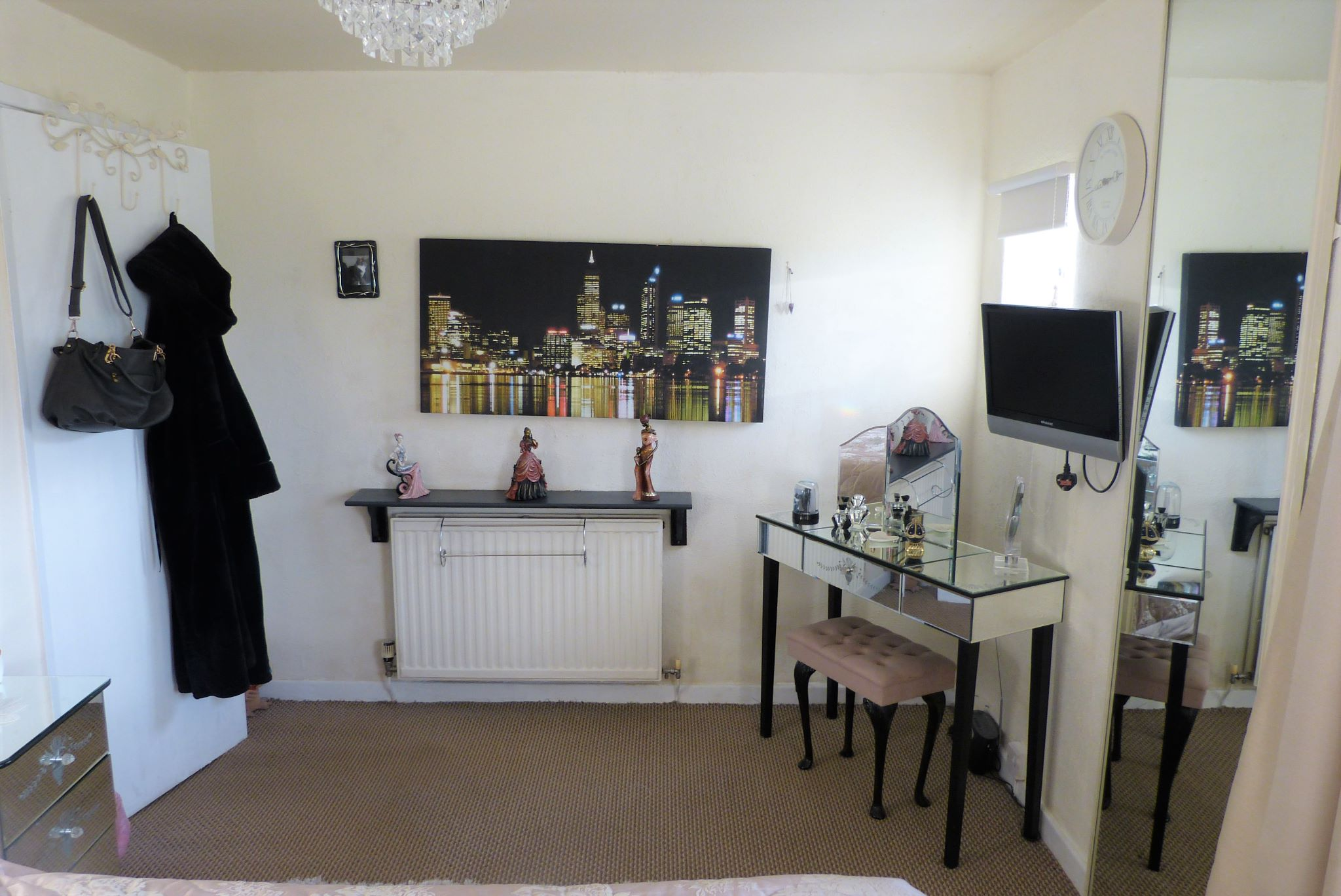 3 bedroom semi-detached house For Sale in Abergele - Photograph 7