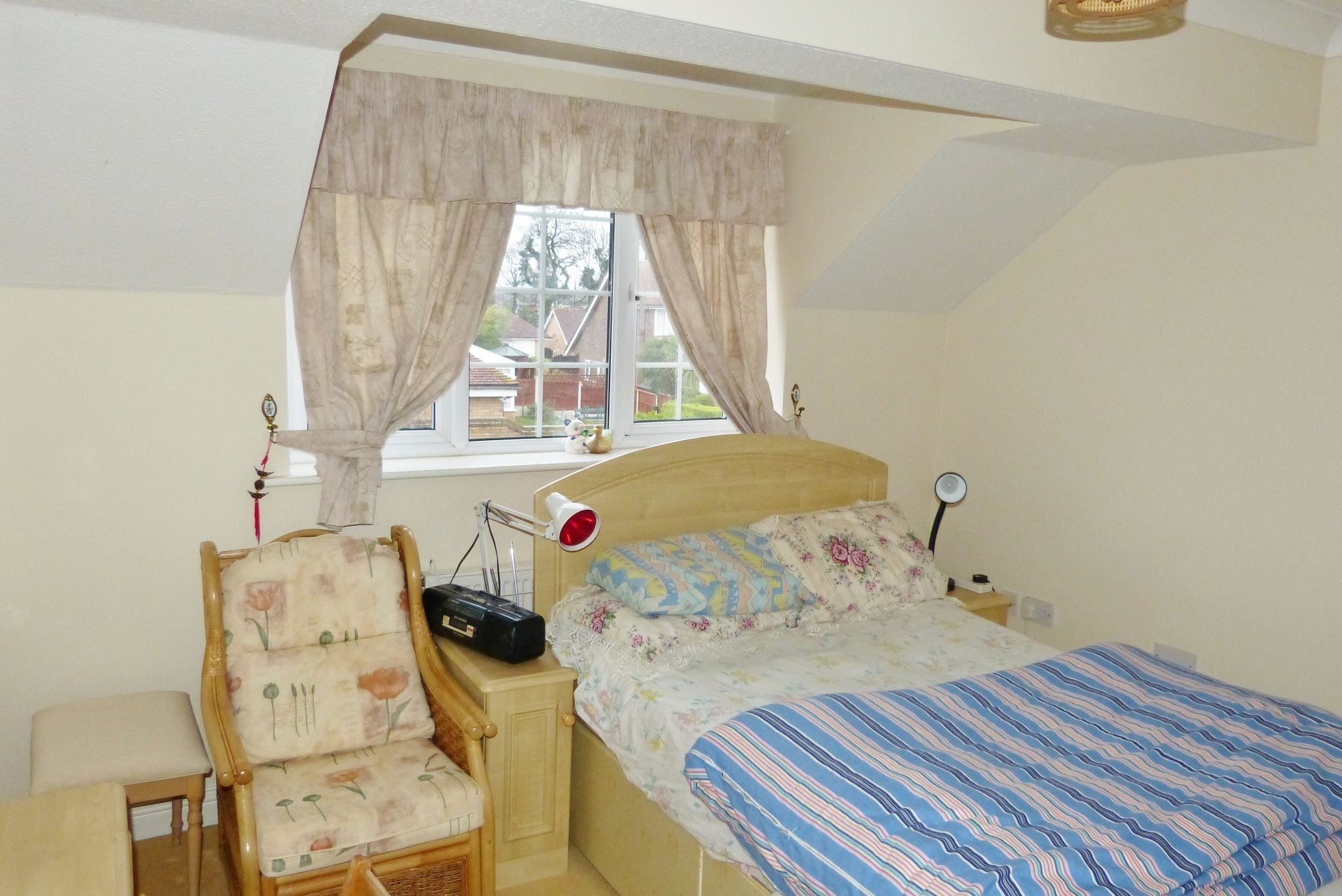 4 bedroom detached house For Sale in Abergele - Photograph 14