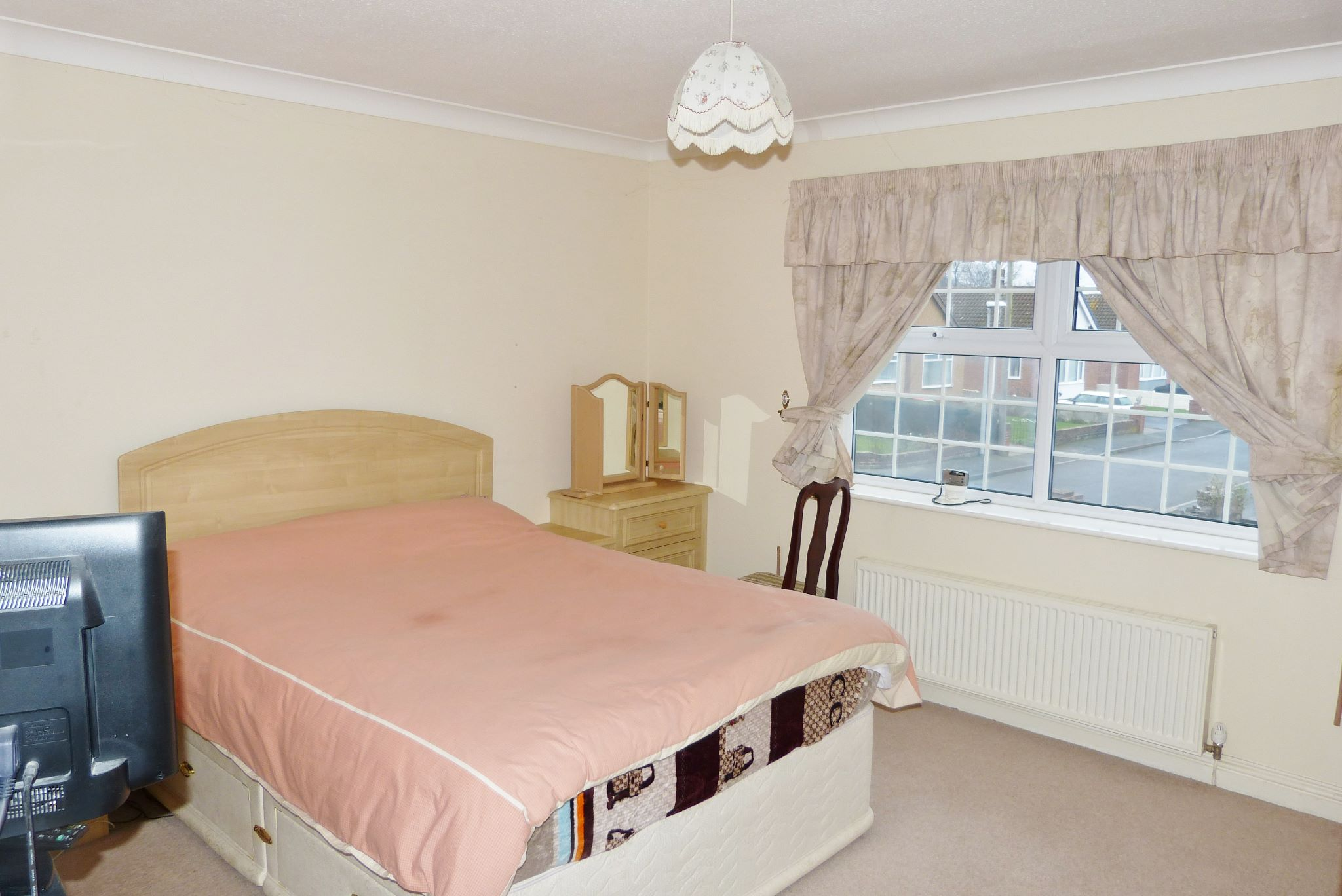4 bedroom detached house For Sale in Abergele - Photograph 11