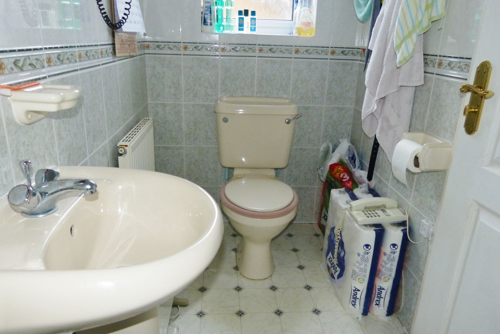 4 bedroom detached house For Sale in Abergele - Photograph 10