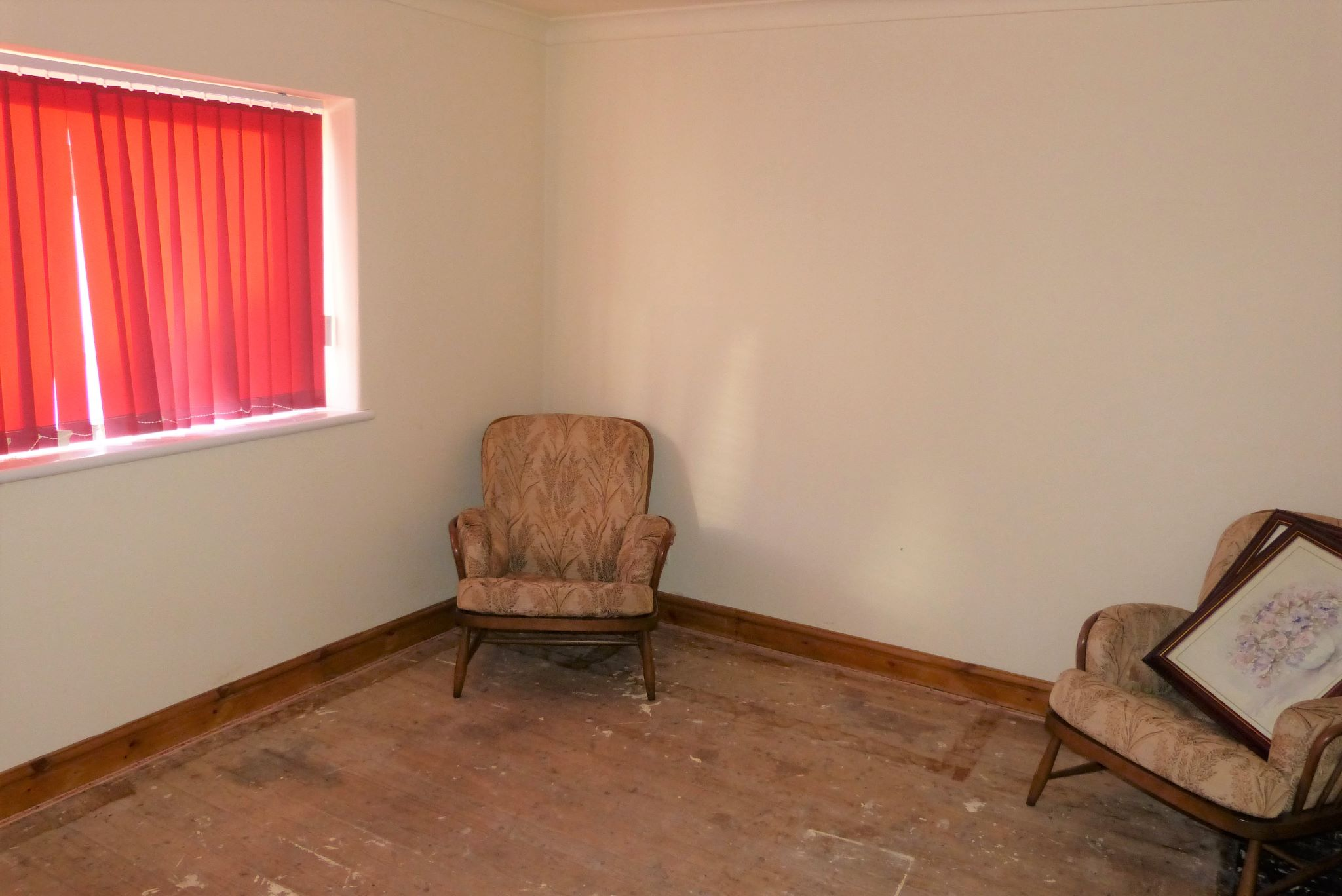 1 bedroom detached bungalow For Sale in Rhyl - Photograph 6