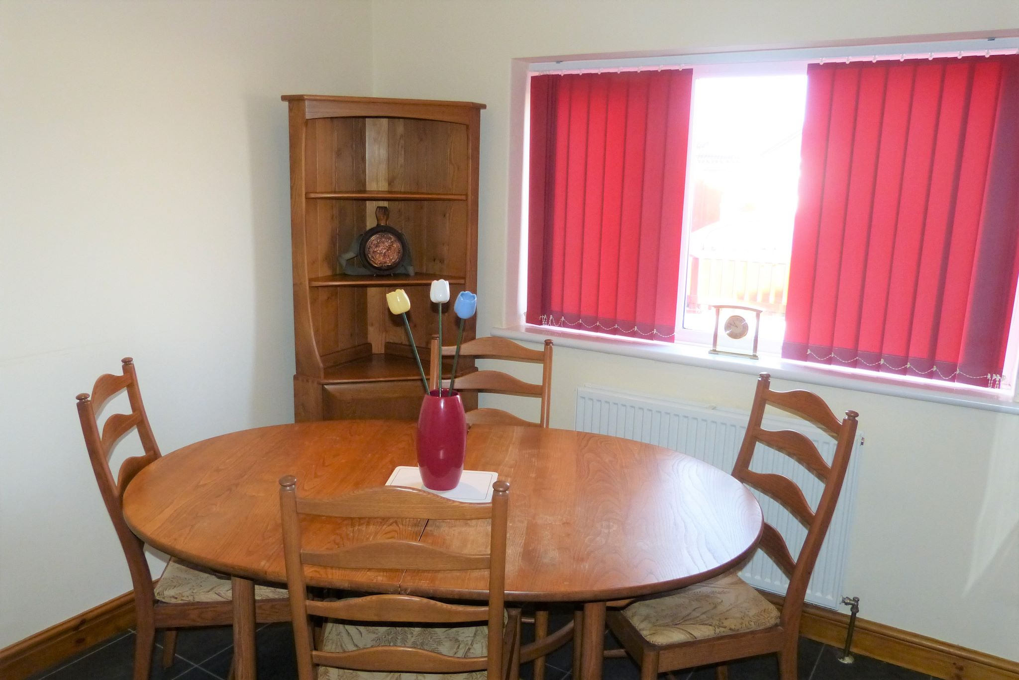 1 bedroom detached bungalow For Sale in Rhyl - Photograph 5