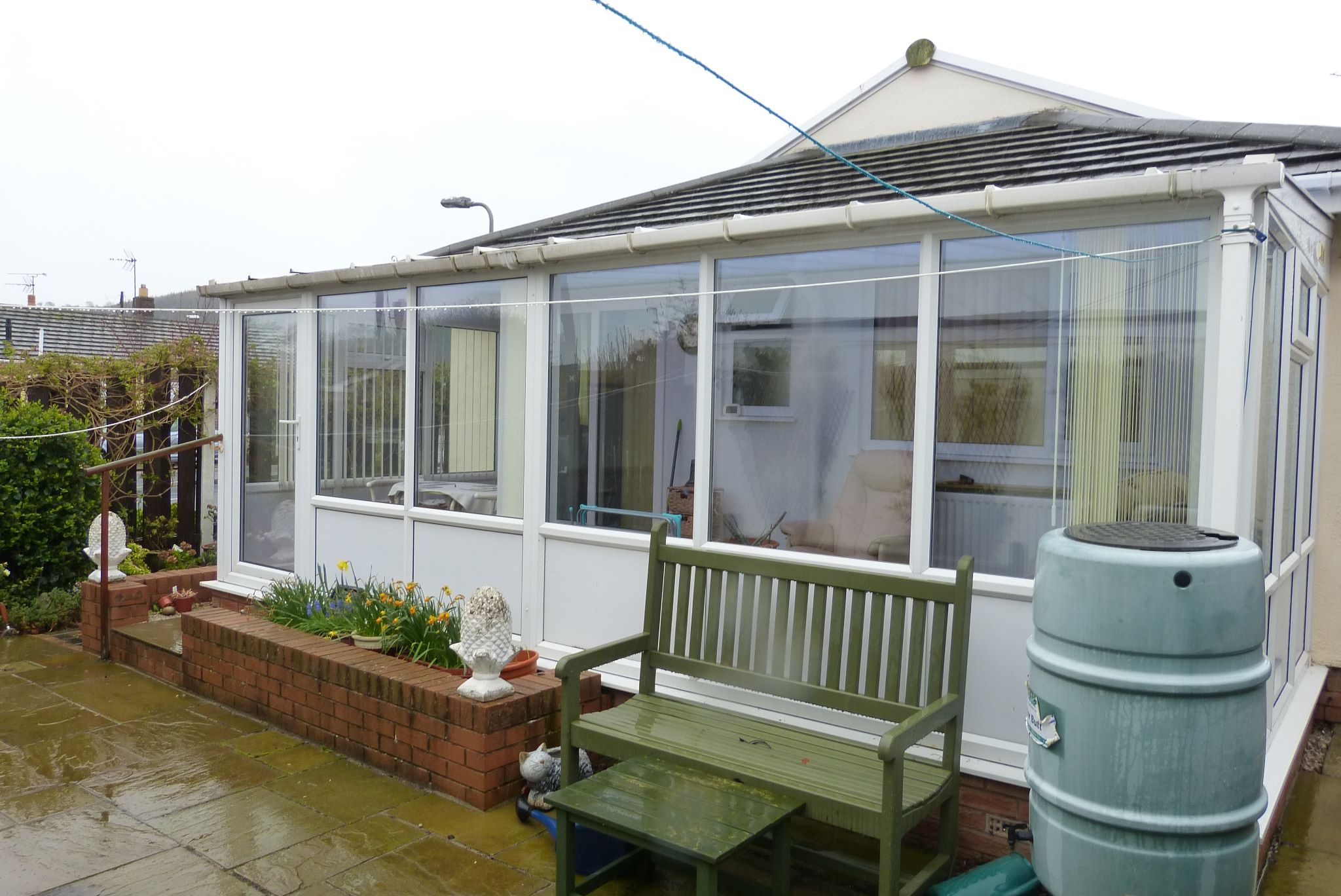 2 bedroom detached bungalow Sale Agreed in Abergele - Photograph 14