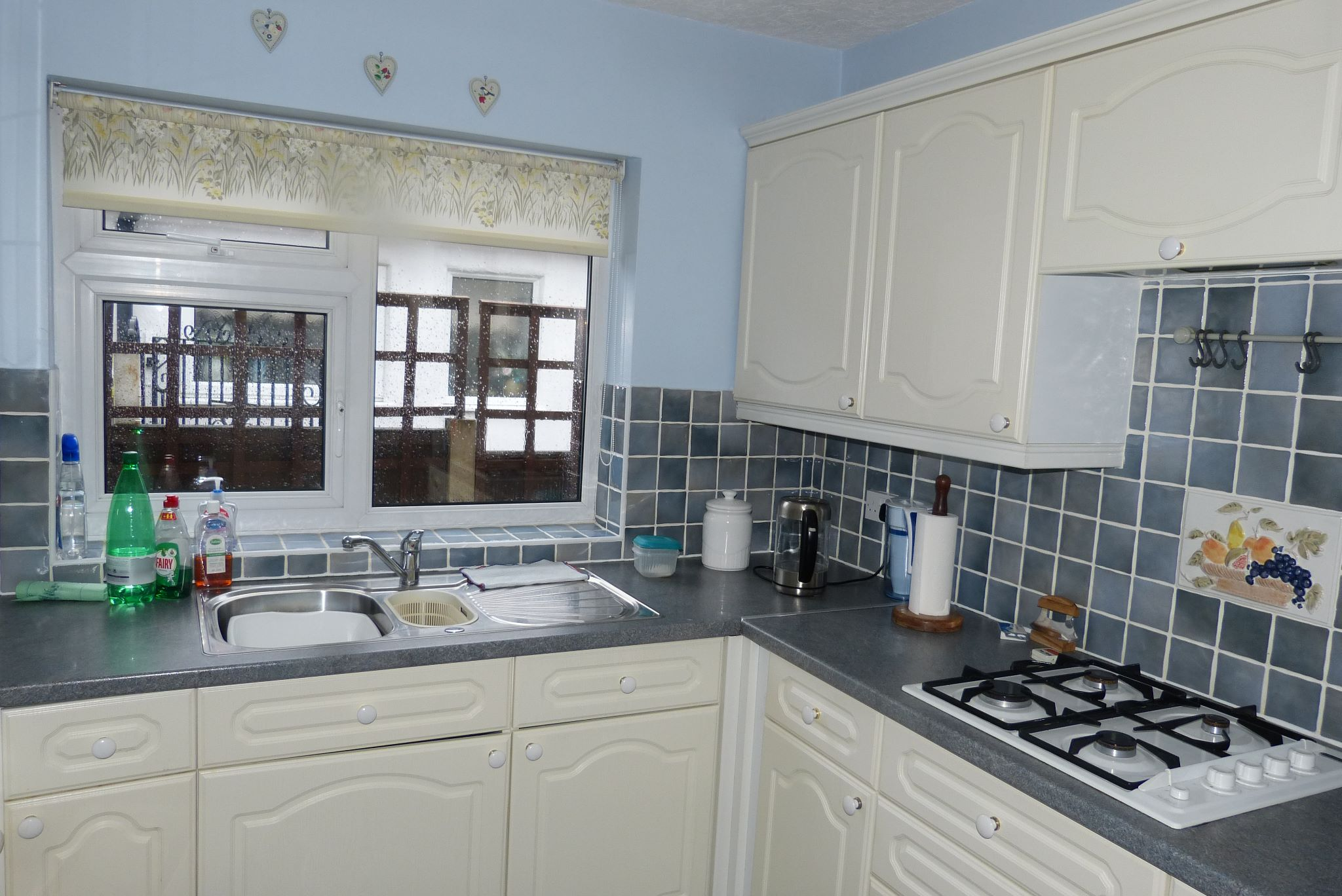 2 bedroom detached bungalow Sale Agreed in Abergele - Photograph 8
