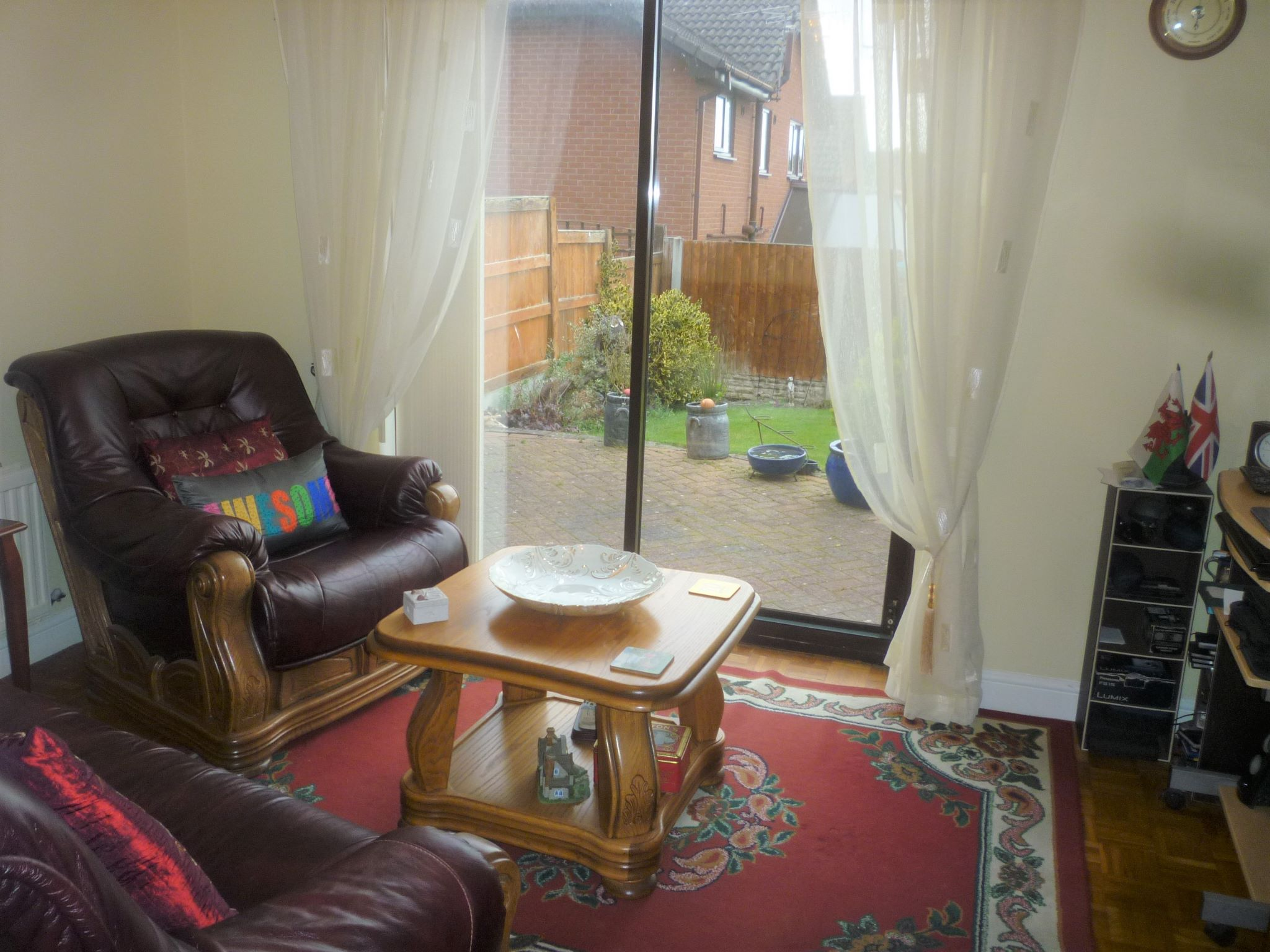 4 bedroom detached house For Sale in Abergele - Photograph 4