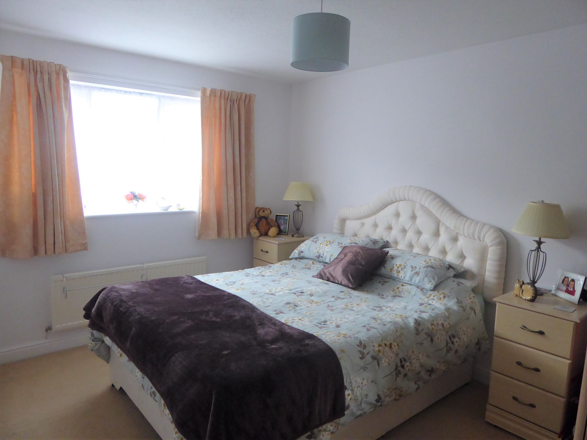 4 bedroom detached house For Sale in Abergele - Photograph 9