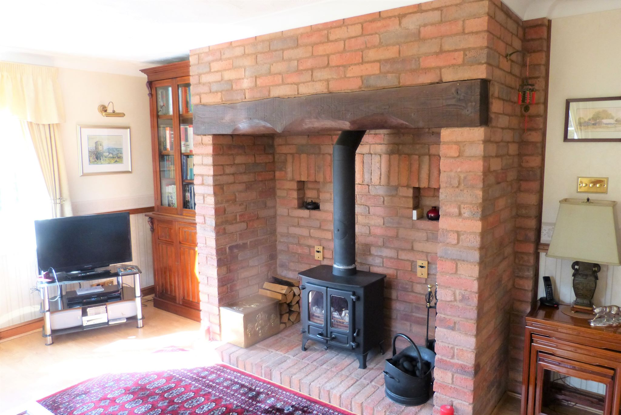 3 bedroom detached bungalow SSTC in Abergele - Photograph 4