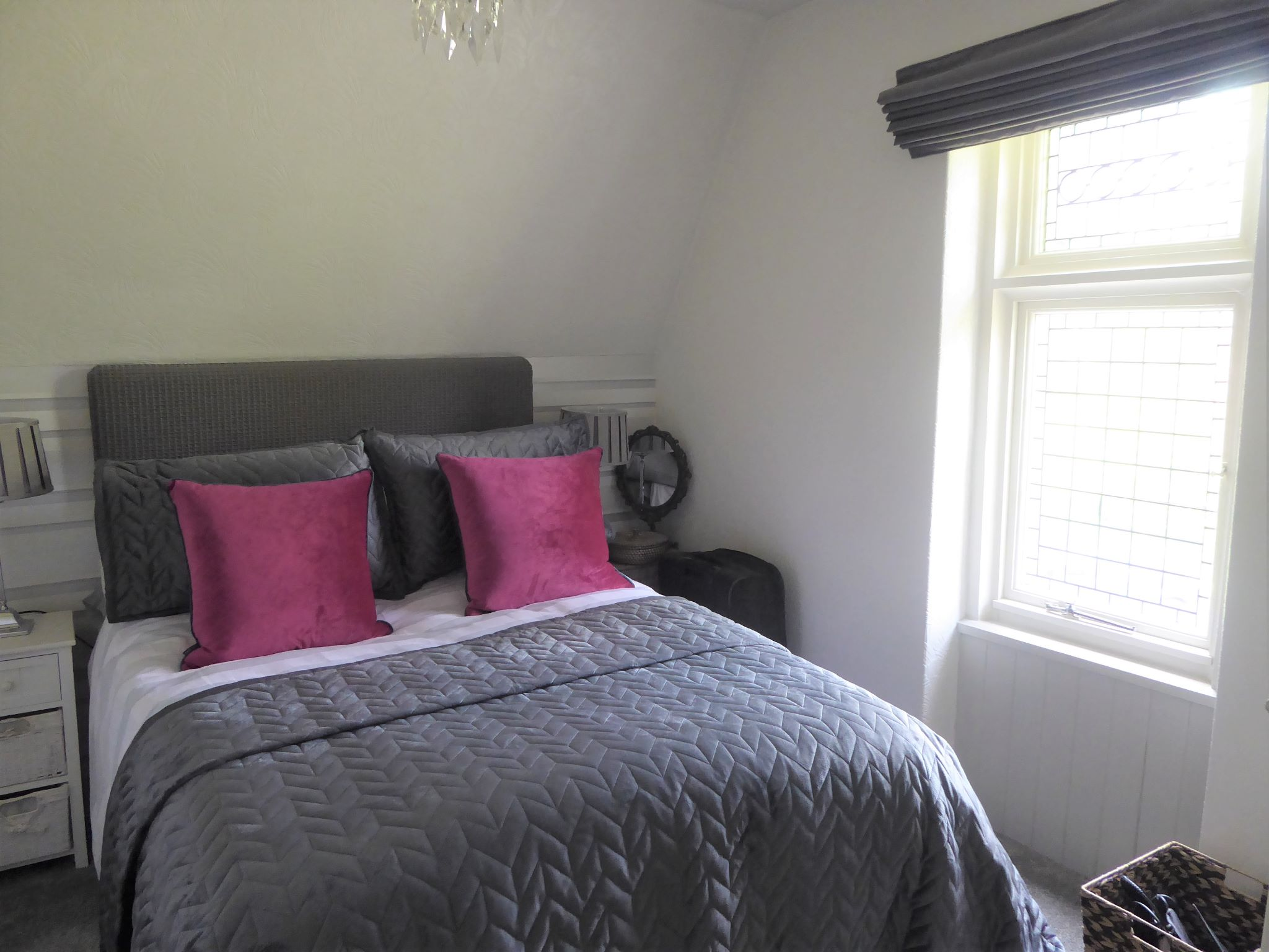 2 bedroom cottage house SSTC in Abergele - Photograph 11
