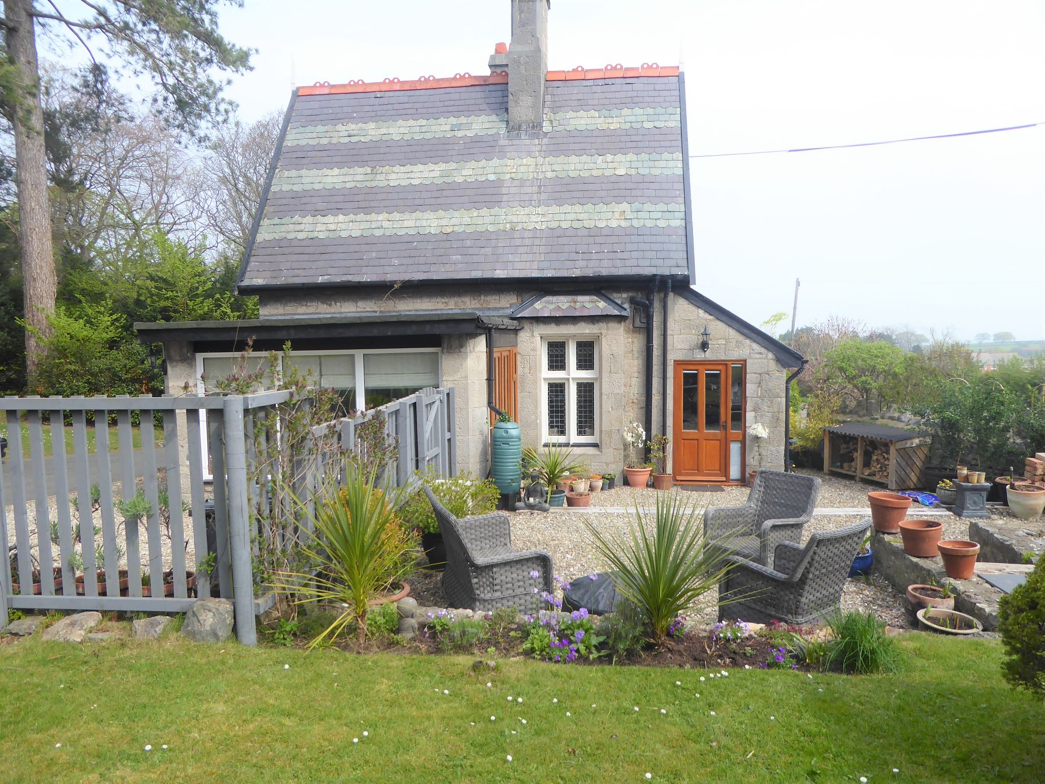 2 bedroom cottage house SSTC in Abergele - Photograph 16
