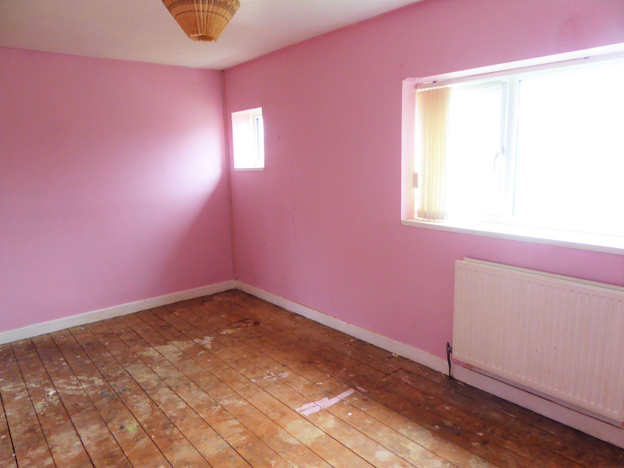 3 bedroom mid terraced house SSTC in Abergele - Photograph 8