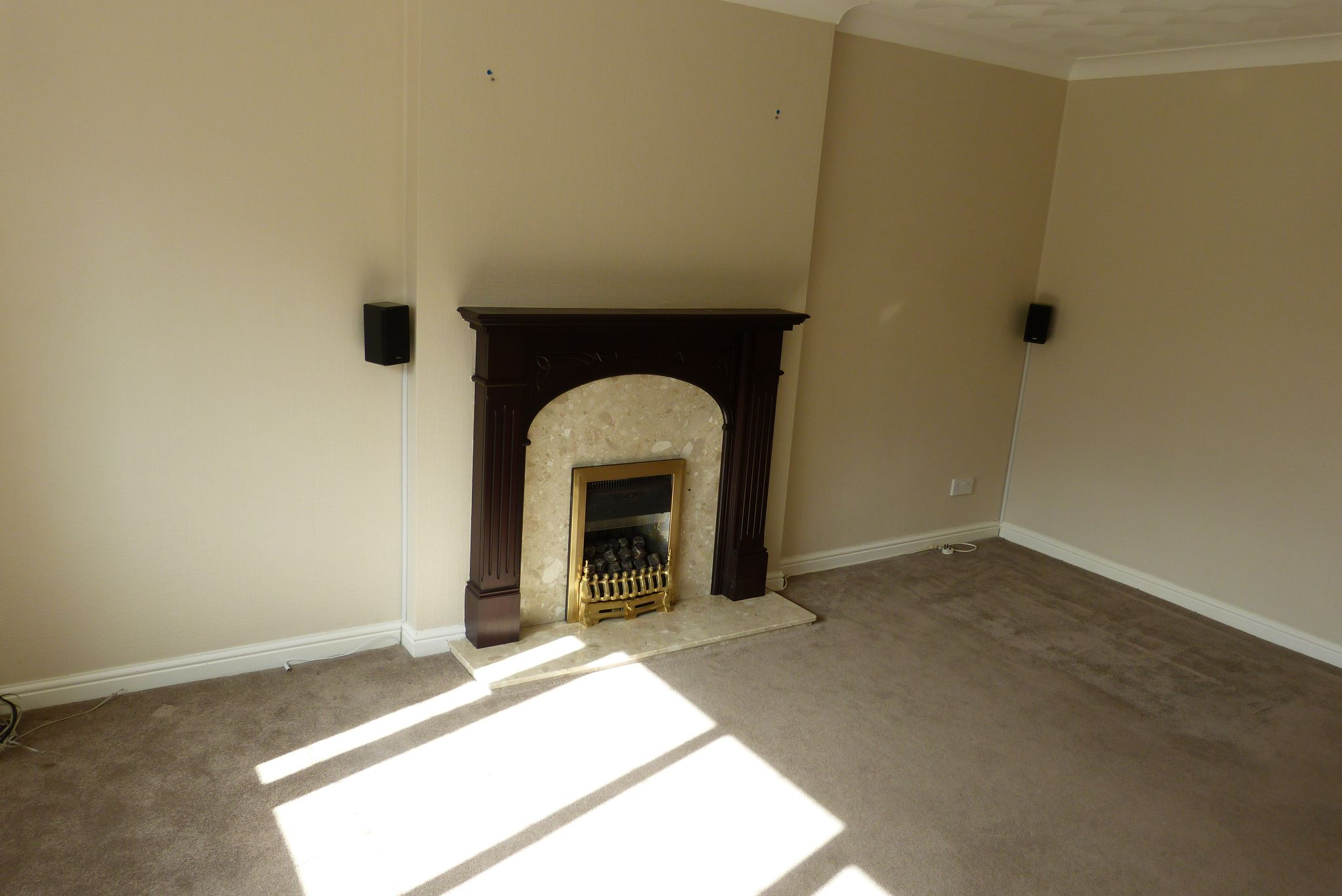 4 bedroom detached house For Sale in Abergele - Property photograph