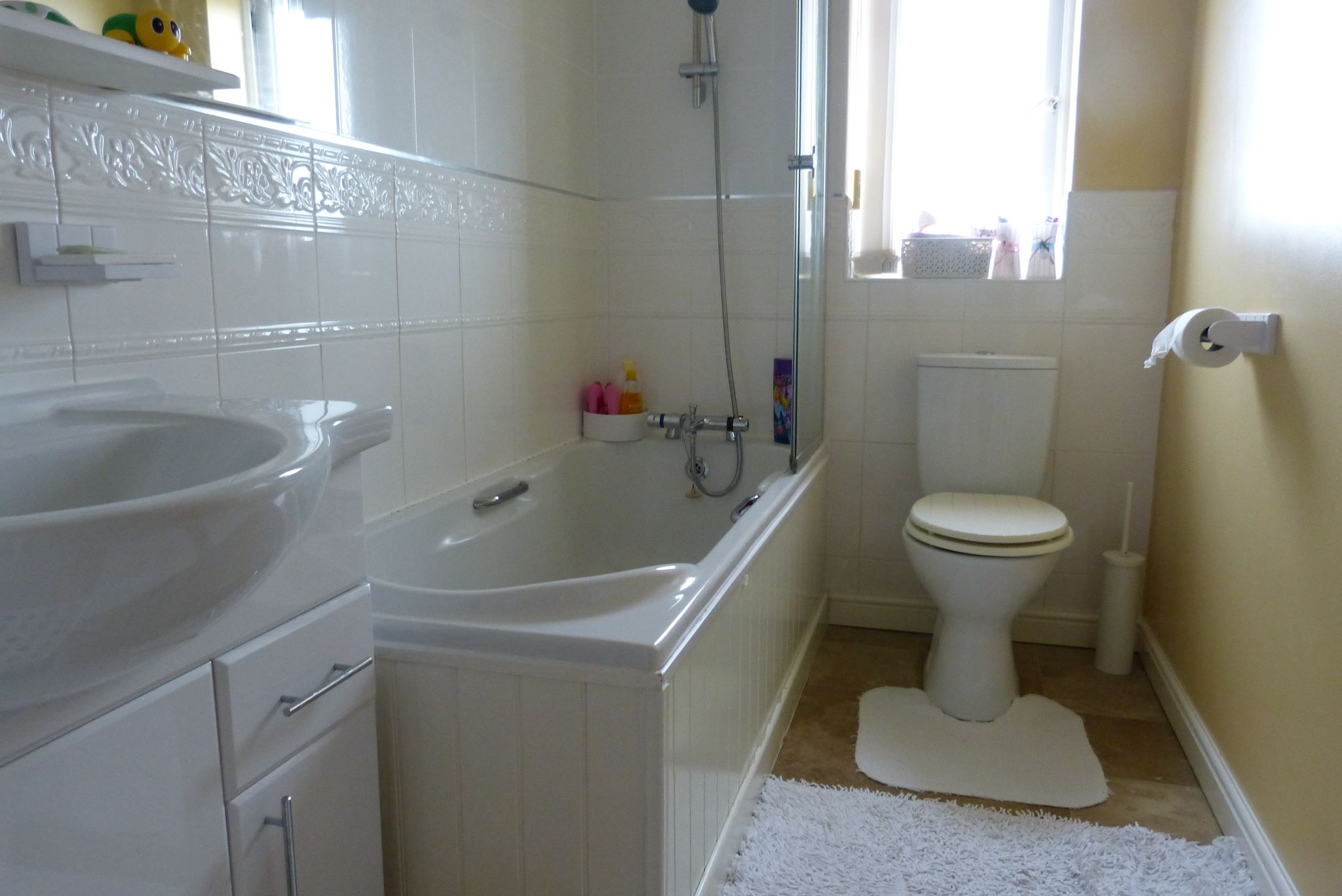 4 bedroom detached house SSTC in Abergele - Photograph 9