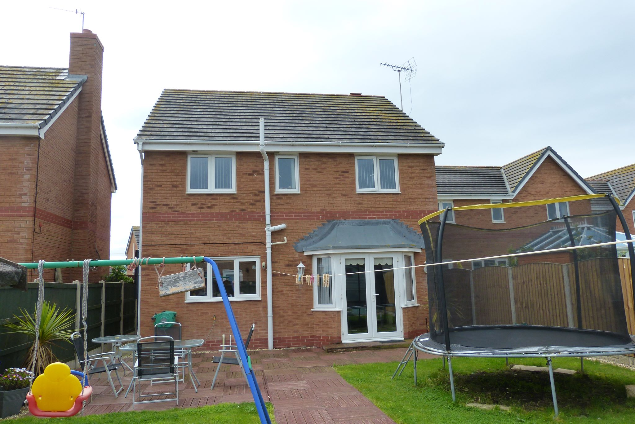 4 bedroom detached house SSTC in Abergele - Photograph 10