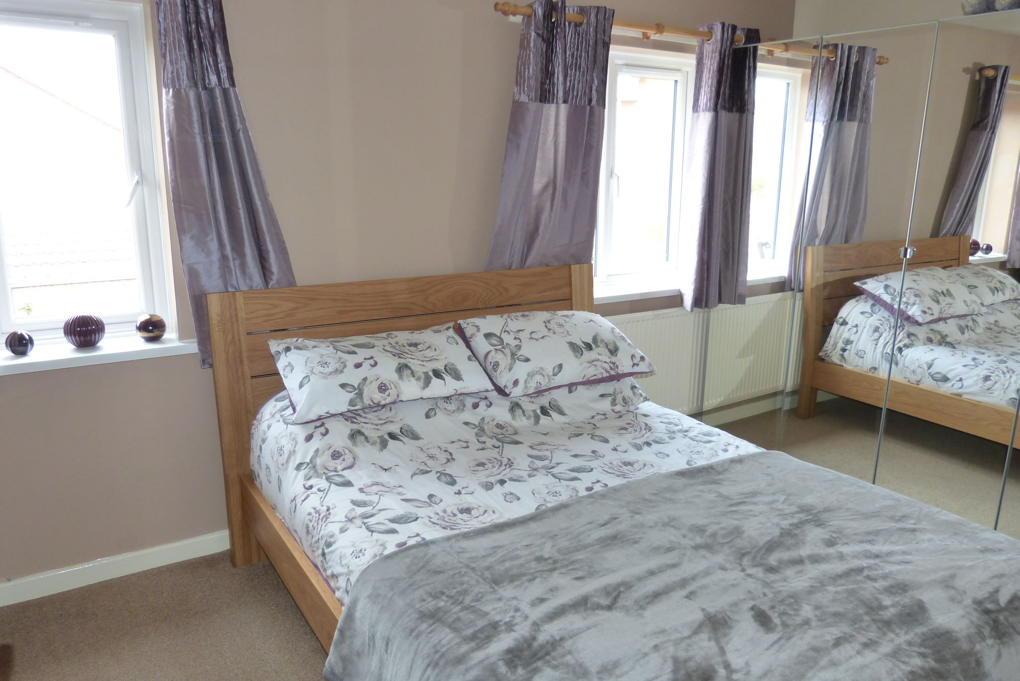 2 bedroom end terraced house For Sale in Abergele - Photograph 7