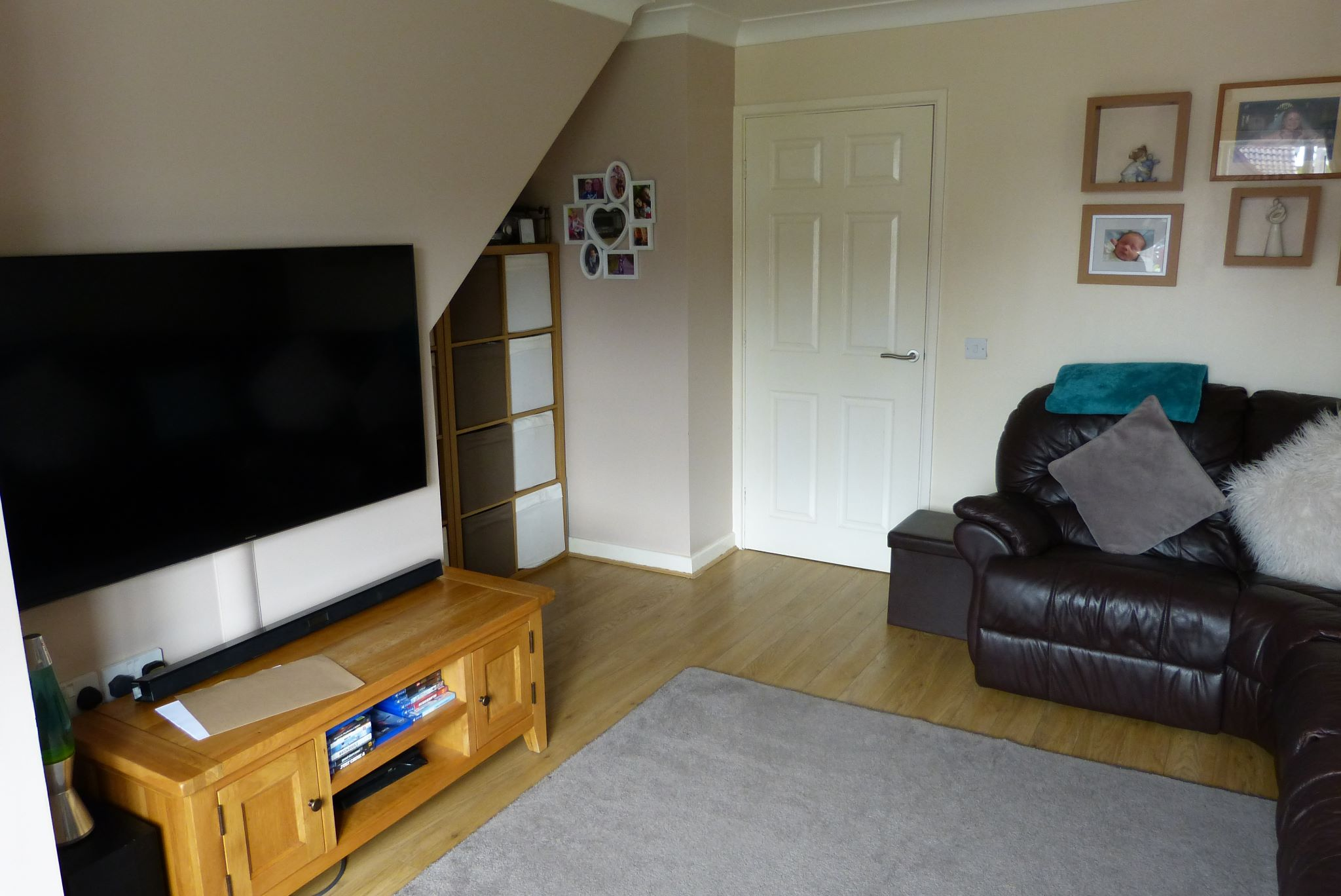 2 bedroom end terraced house For Sale in Abergele - Property photograph