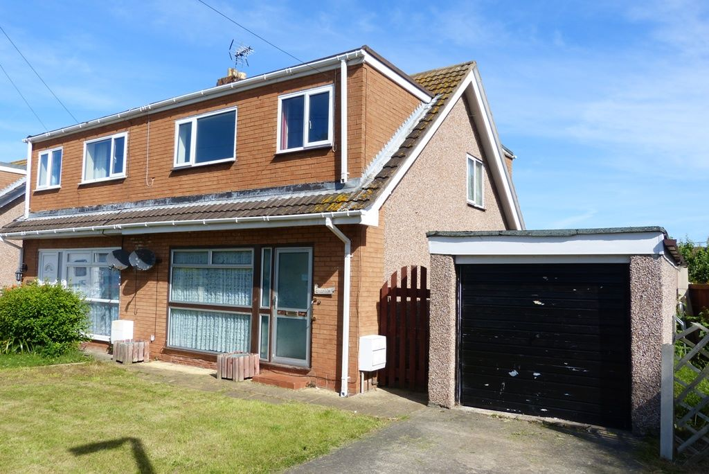 3 bedroom semi-detached house For Sale in Abergele - Photograph 1
