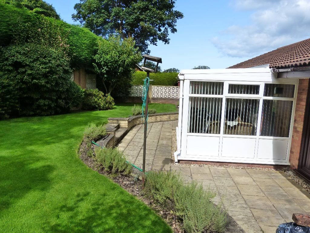 3 bedroom detached bungalow For Sale in Abergele - Photograph 14
