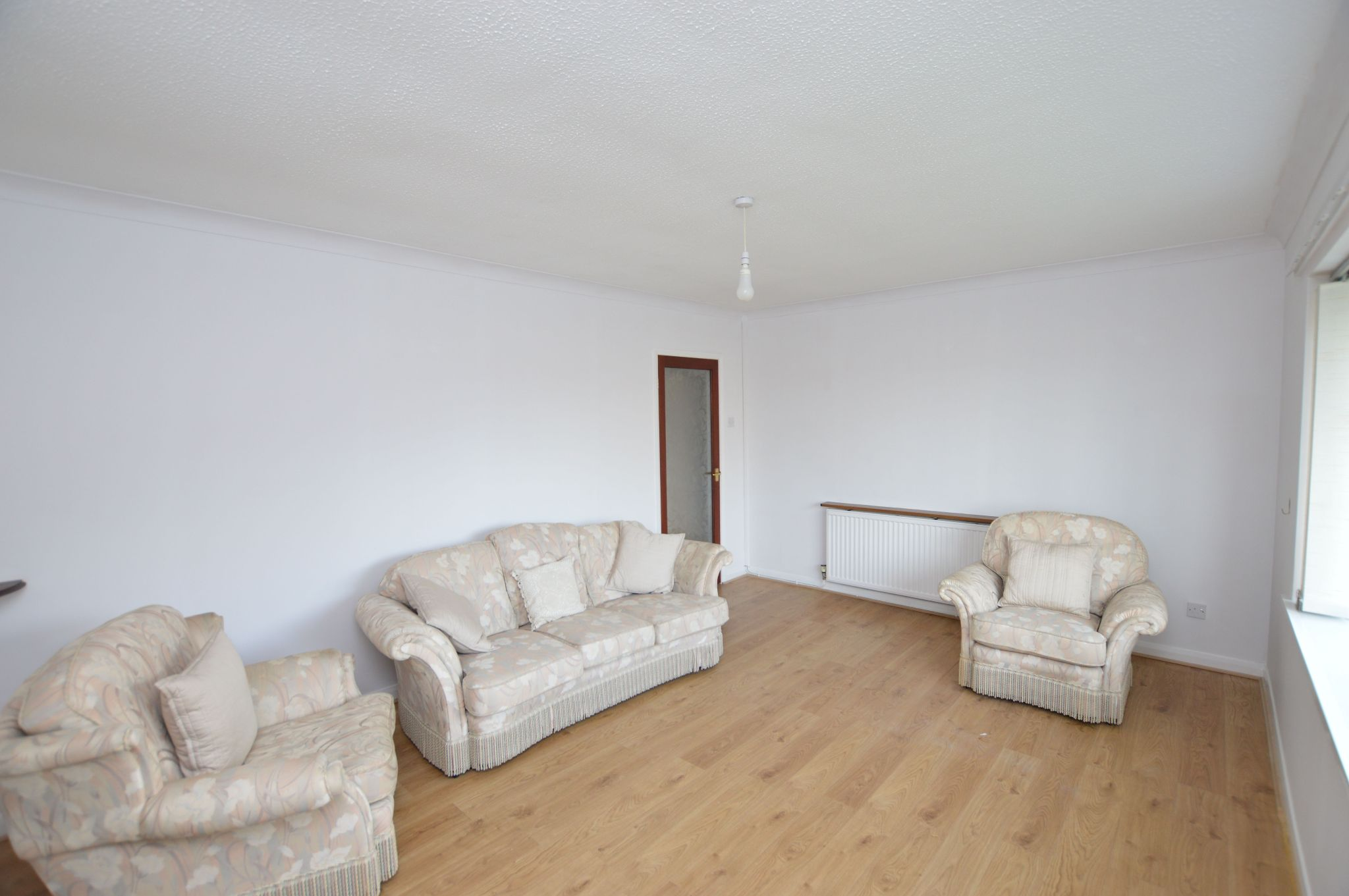 2 bedroom detached bungalow Under Offer in Abergele - Lounge View 3