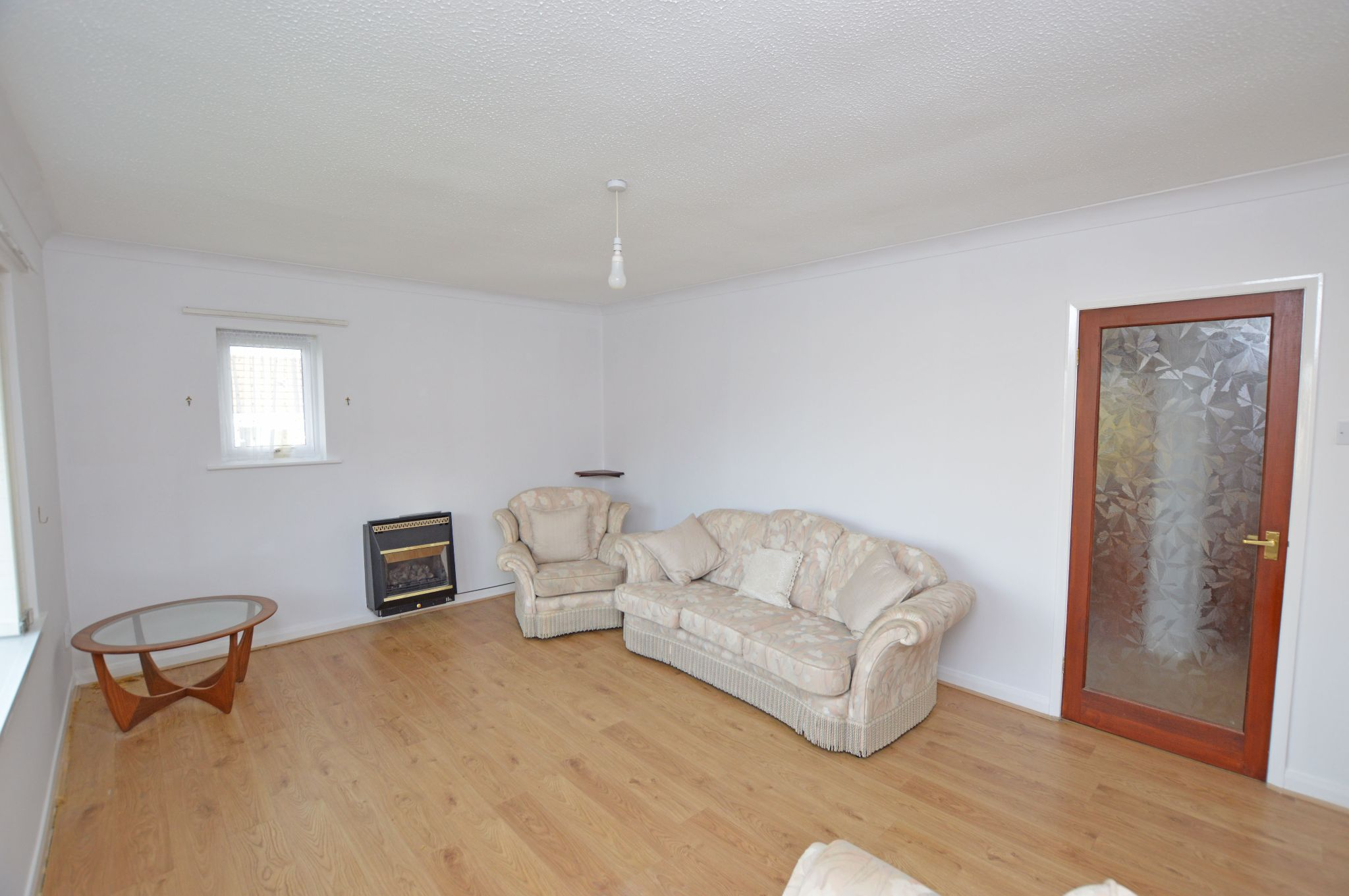 2 bedroom detached bungalow Under Offer in Abergele - Lounge View 2