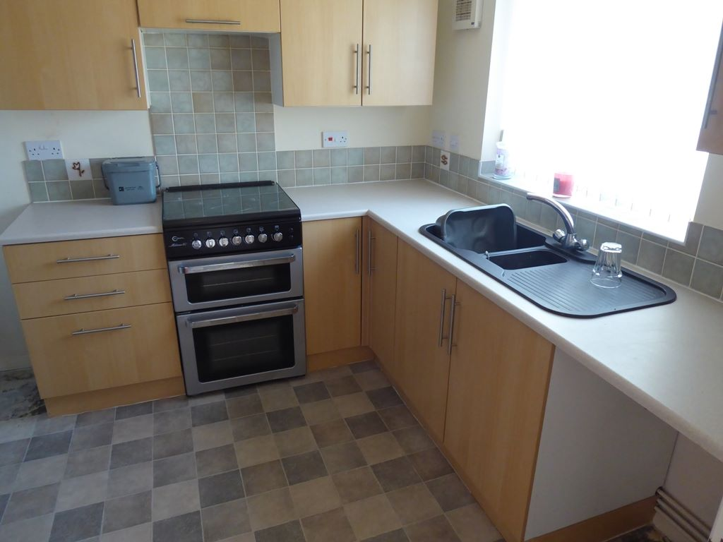 2 bedroom end terraced house Under Offer in Abergele - Photograph 2