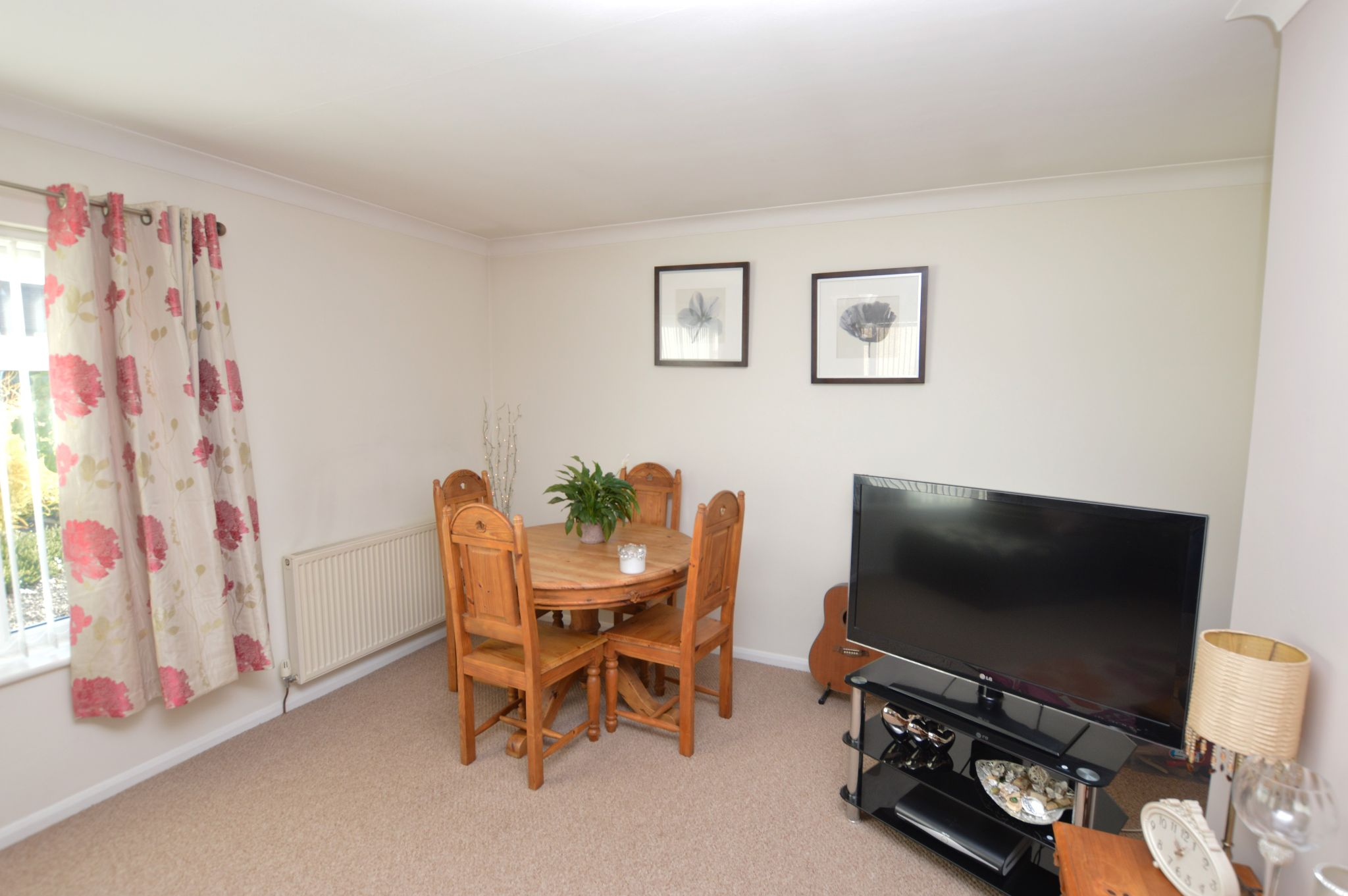 2 bedroom detached bungalow For Sale in Abergele - Lounge View 2