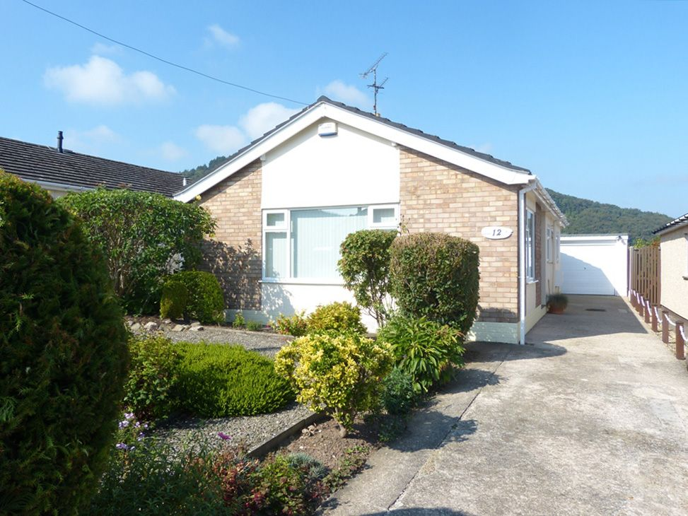 2 bedroom detached bungalow For Sale in Abergele - Front Aspect