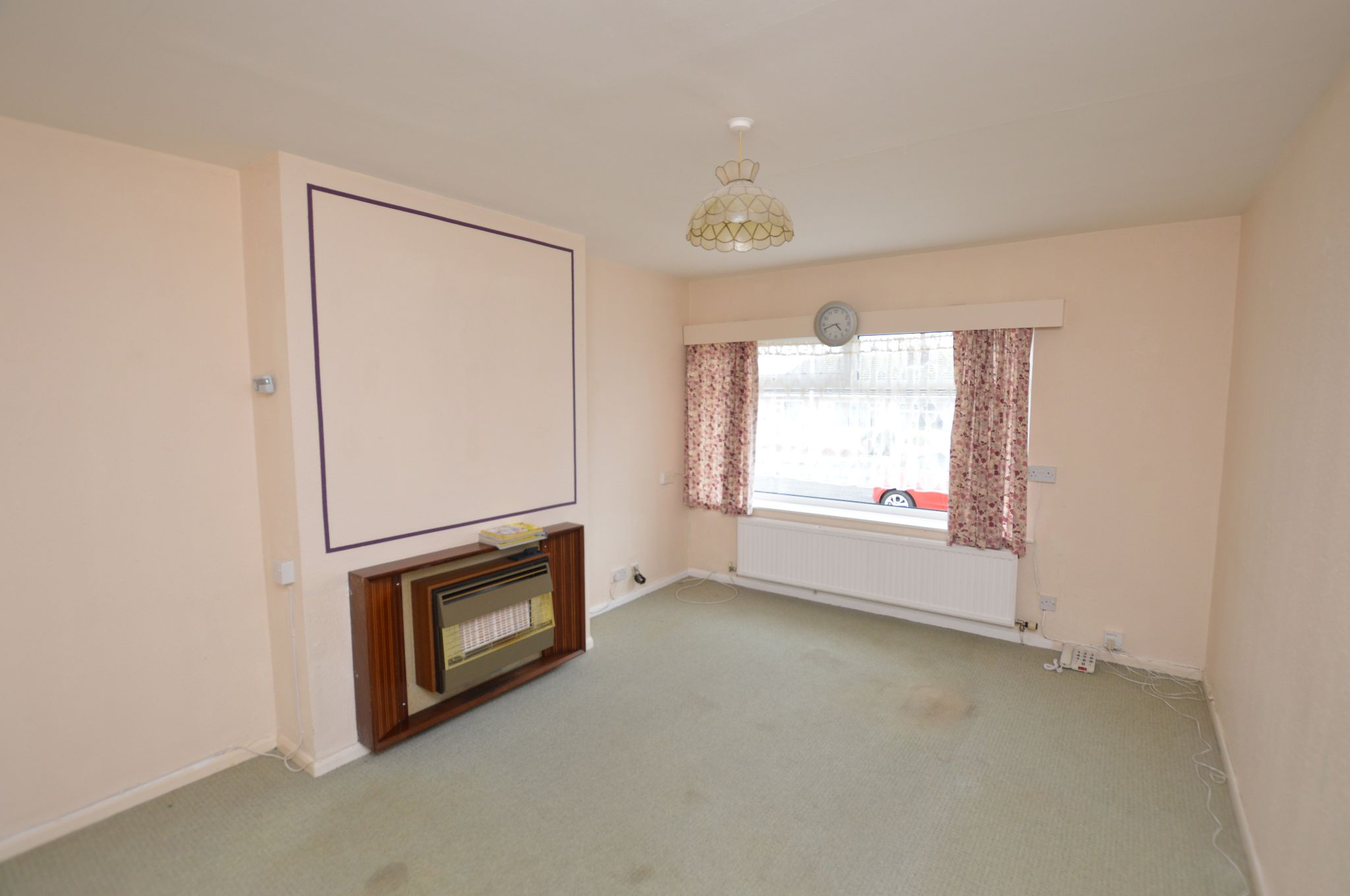 2 bedroom semi-detached bungalow For Sale in Abergele - Lounge