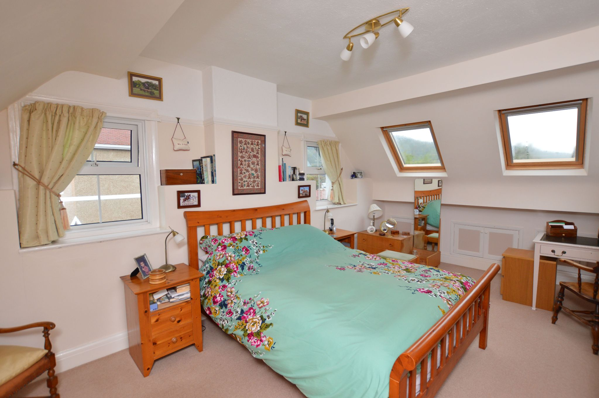 4 bedroom detached bungalow For Sale in Abergele - Bedroom 1 View 3